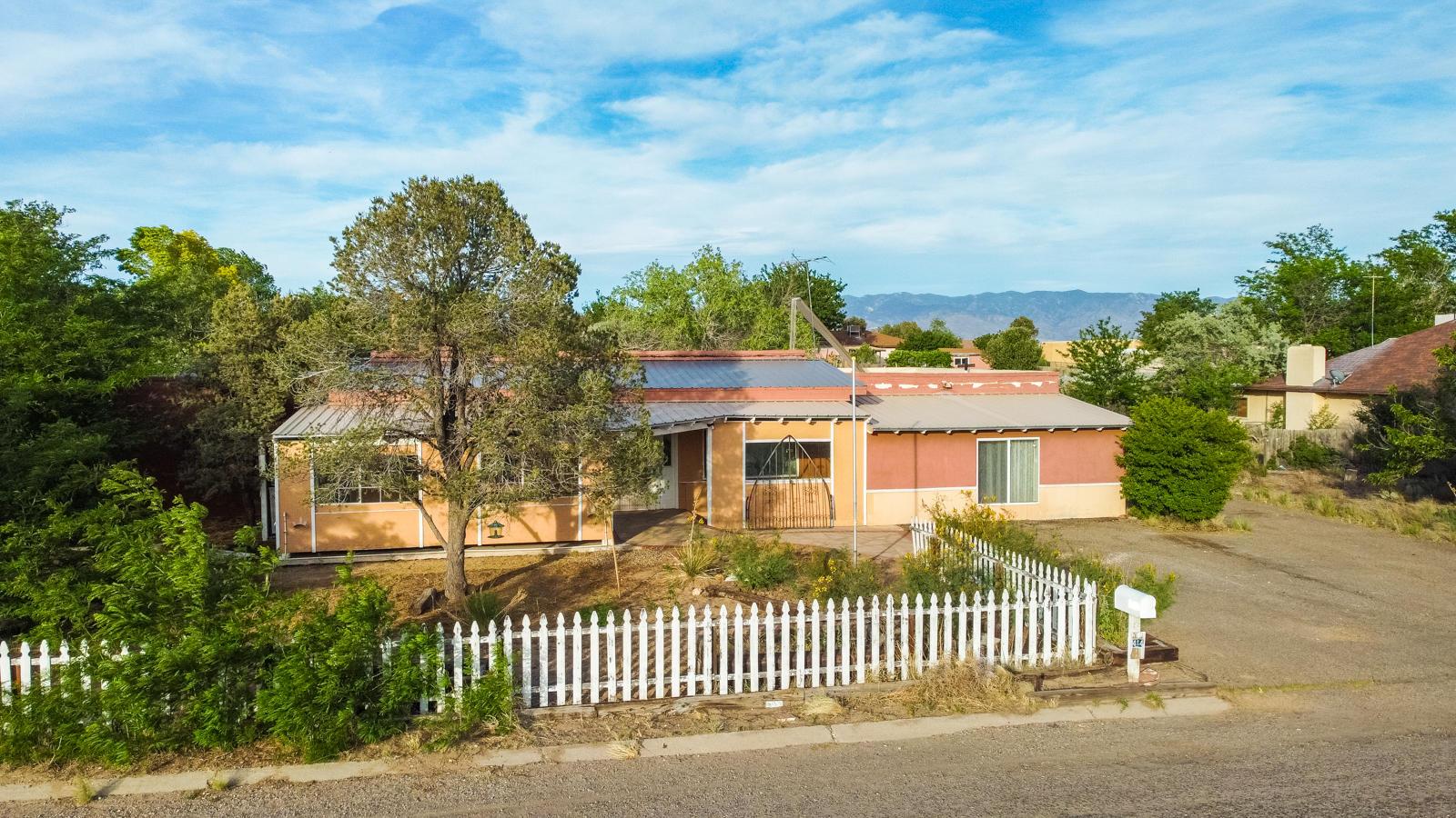414 HILLMAN Street Property Photo - Rio Communities, NM real estate listing