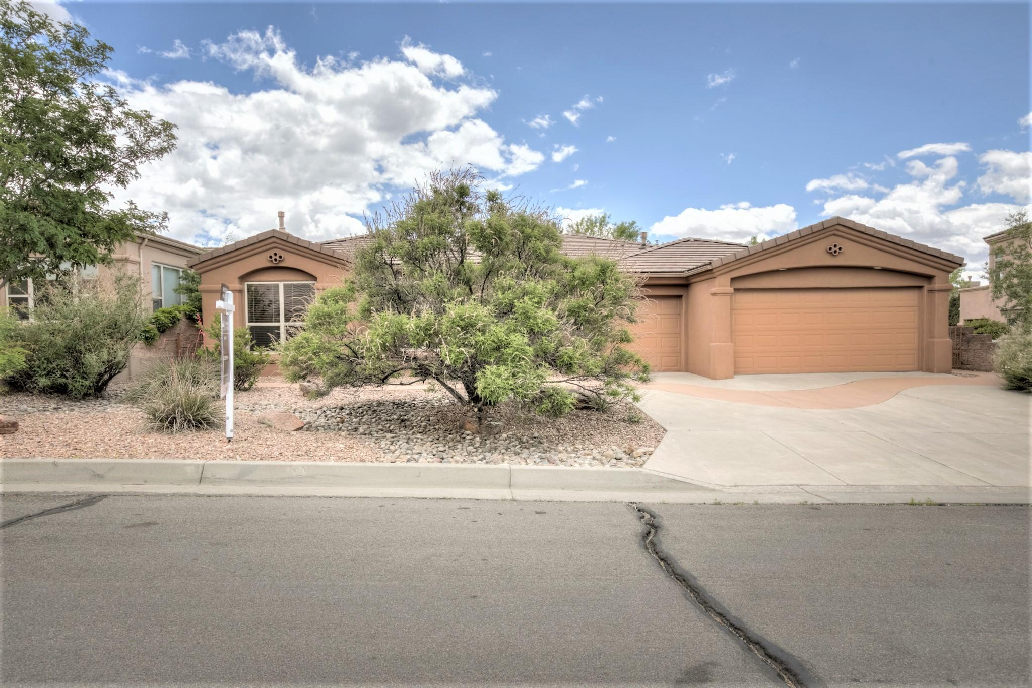 12905 DESERT MOON Place NE, Albuquerque, NM 87111 - Albuquerque, NM real estate listing