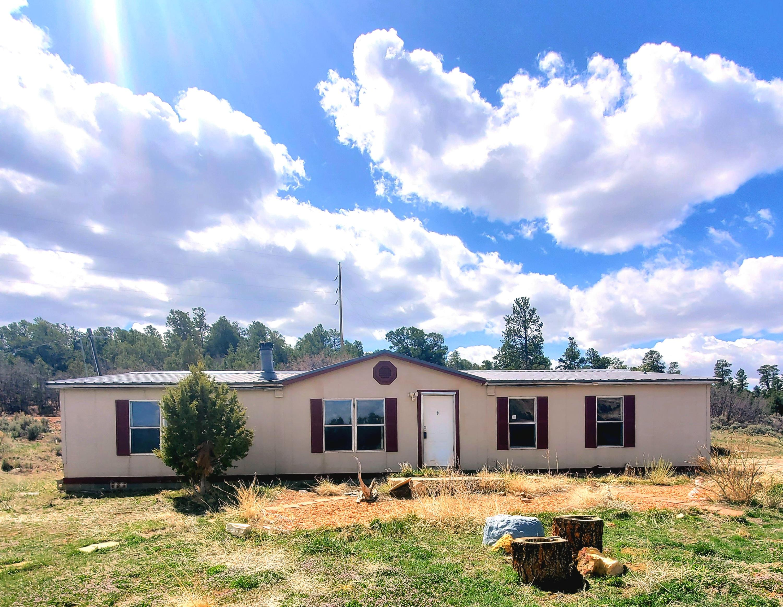 9 Old Gallina Road Property Photo - Regina, NM real estate listing