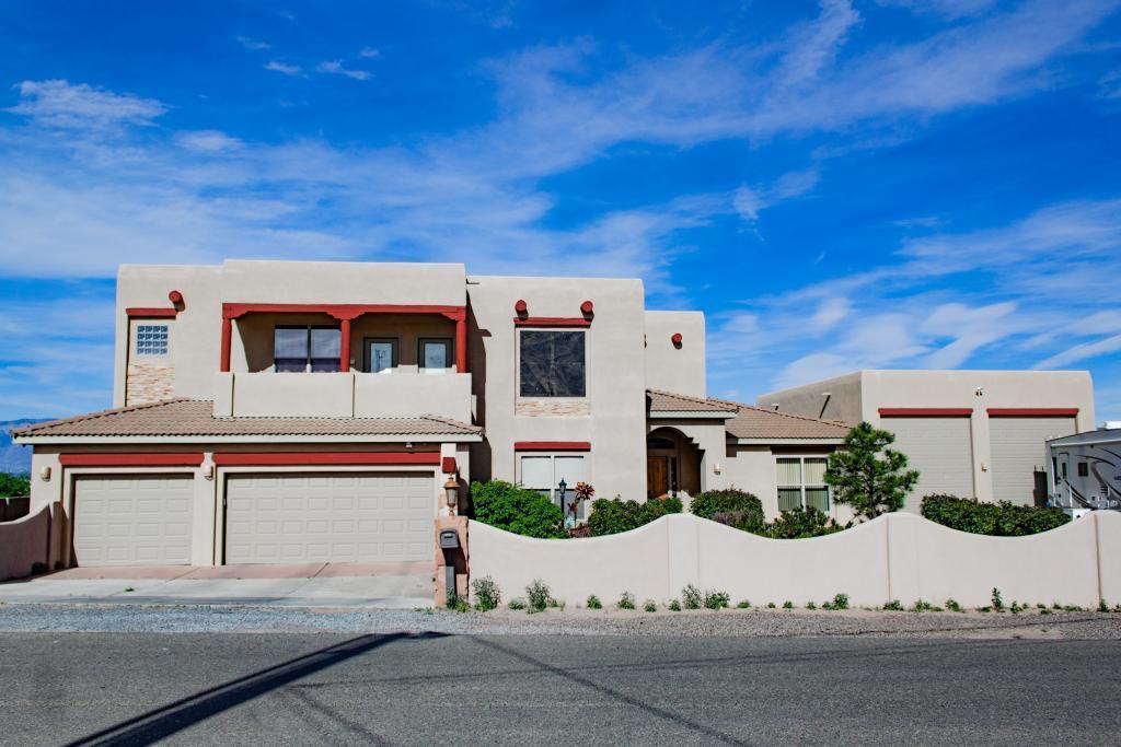 1220 Rael Street SW, Albuquerque, NM 87121 - Albuquerque, NM real estate listing