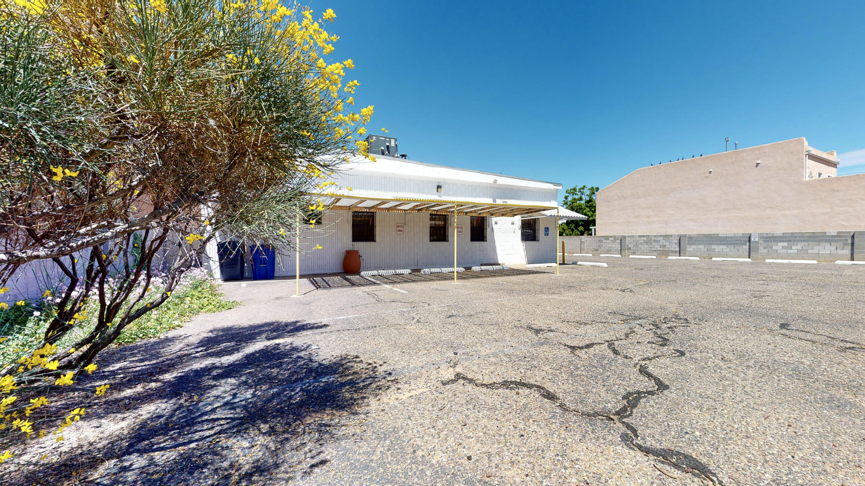 615 ORTIZ Drive NE Property Photo - Albuquerque, NM real estate listing