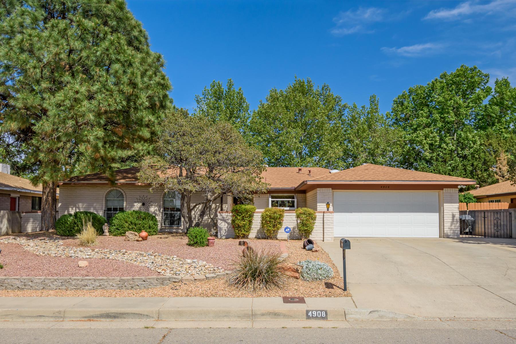4908 Northridge Place NE, Albuquerque, NM 87111 - Albuquerque, NM real estate listing