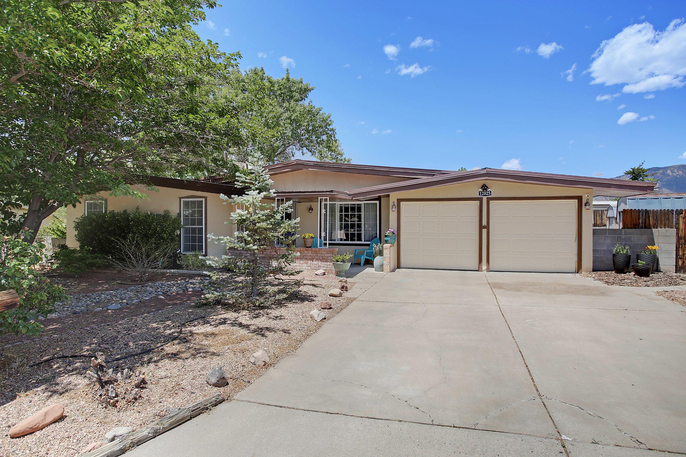 12025 APACHE Avenue NE Property Photo - Albuquerque, NM real estate listing