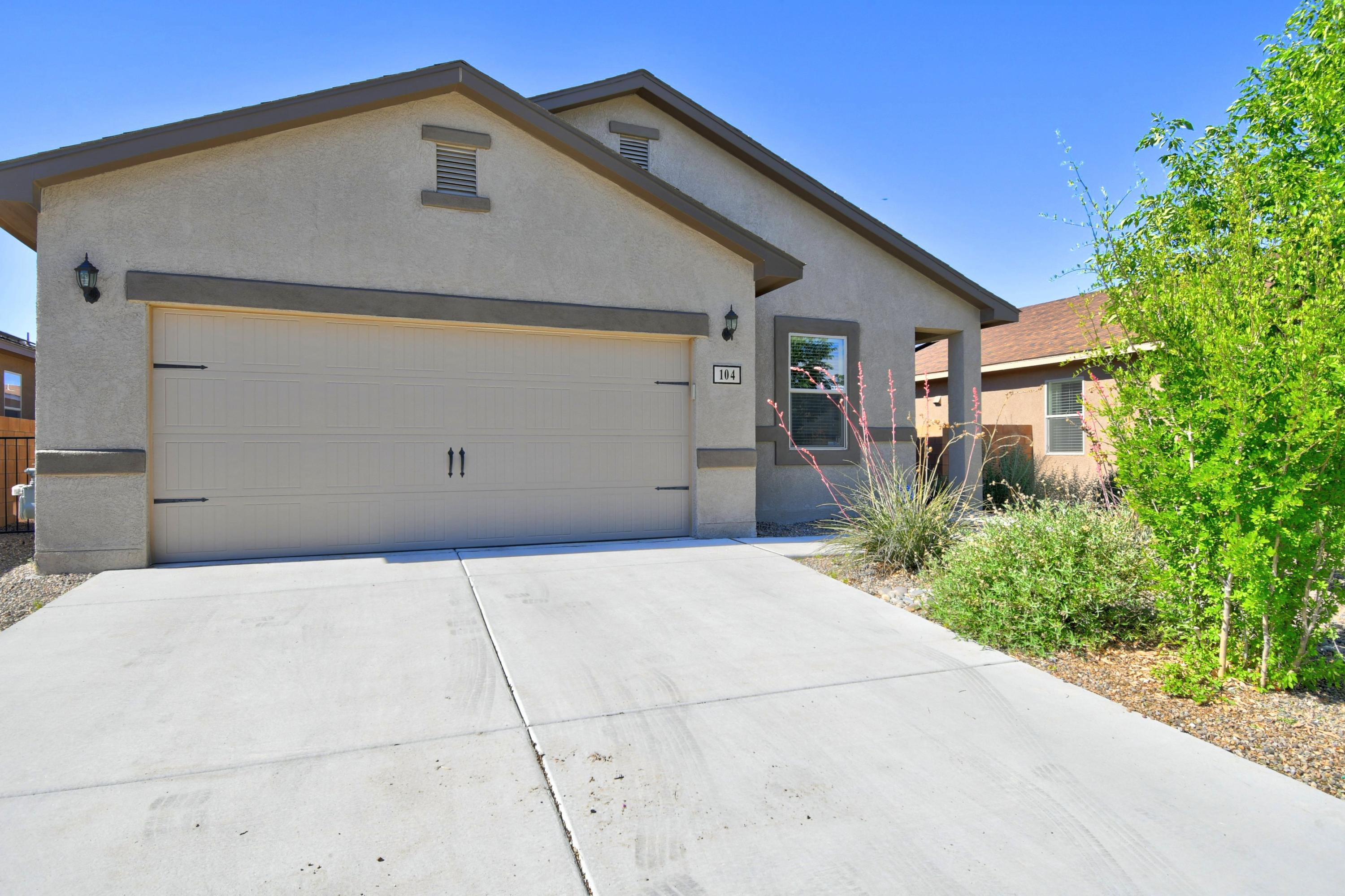 104 EL CAMINO Loop NW Property Photo - Rio Rancho, NM real estate listing