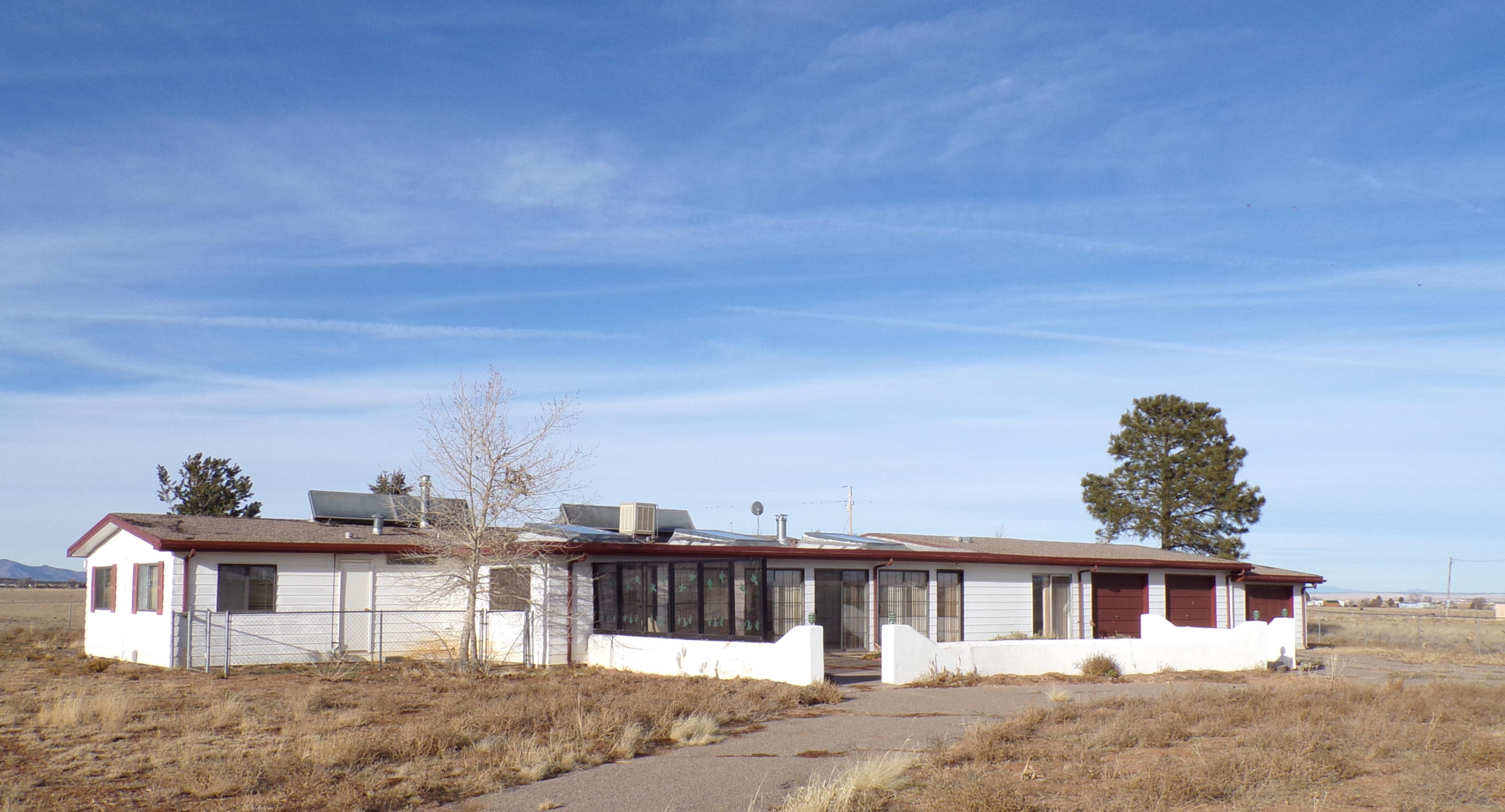 526 LEXCO Road Property Photo - Moriarty, NM real estate listing