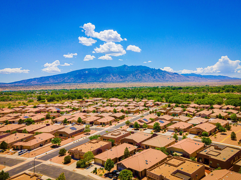 1029 Purple Aster Drive NE, Bernalillo, NM 87004 - Bernalillo, NM real estate listing