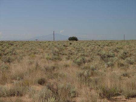 2 Lila Lane Property Photo - Los Lunas, NM real estate listing