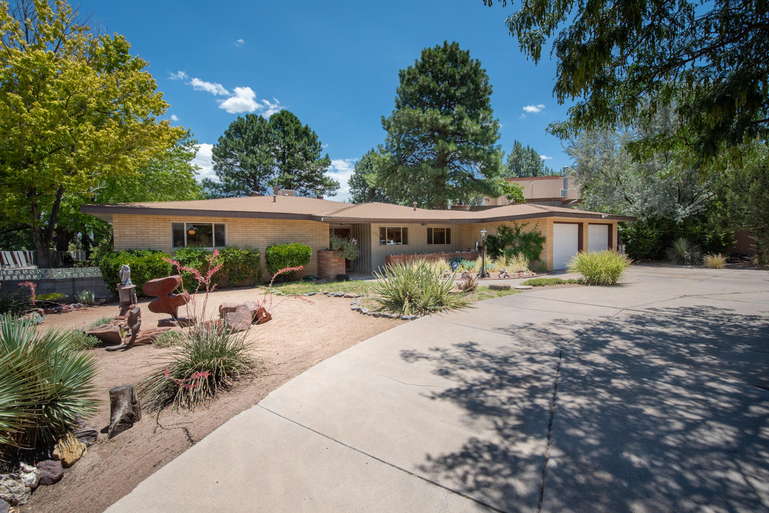 630 SIERRA Drive SE Property Photo - Albuquerque, NM real estate listing