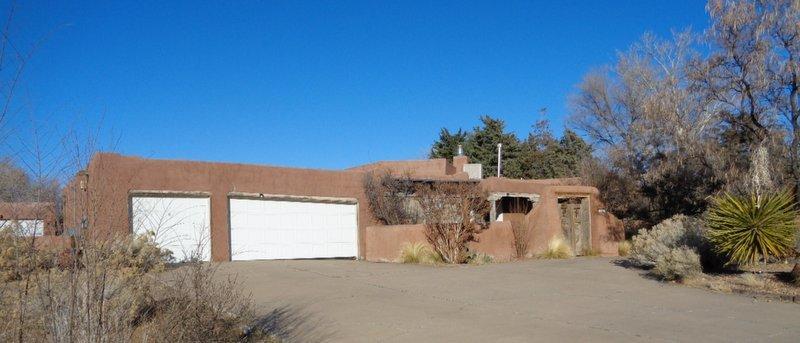 209 Las Colinas Lane Ne Property Photo
