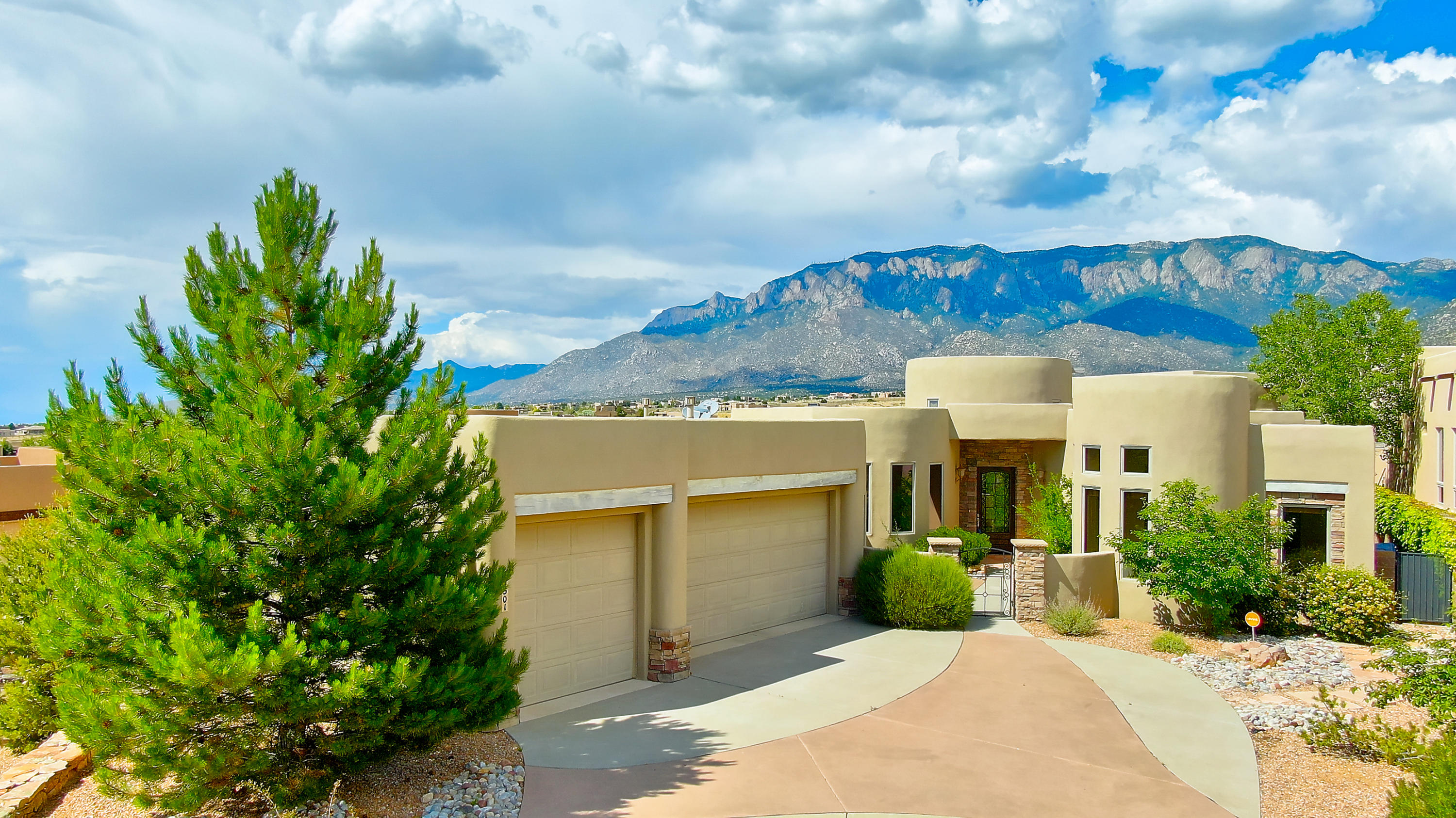 13501 EMBUDITO VIEW Court NE Property Photo - Albuquerque, NM real estate listing