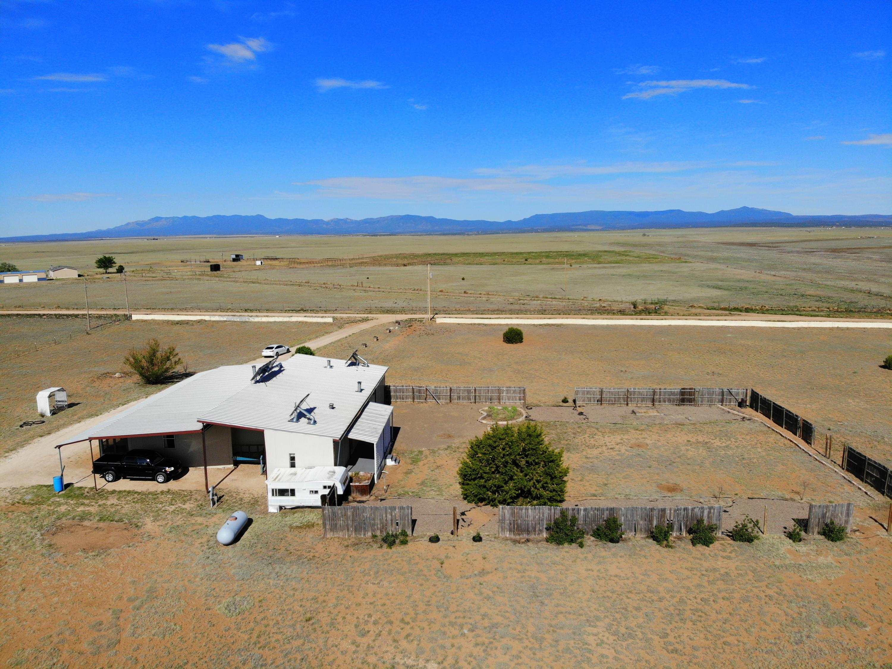 102 S BLUE GRASS Road Property Photo - Estancia, NM real estate listing