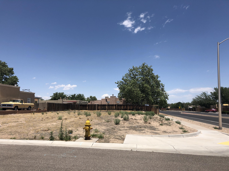 7501 Corte Dorada NW Property Photo - Albuquerque, NM real estate listing