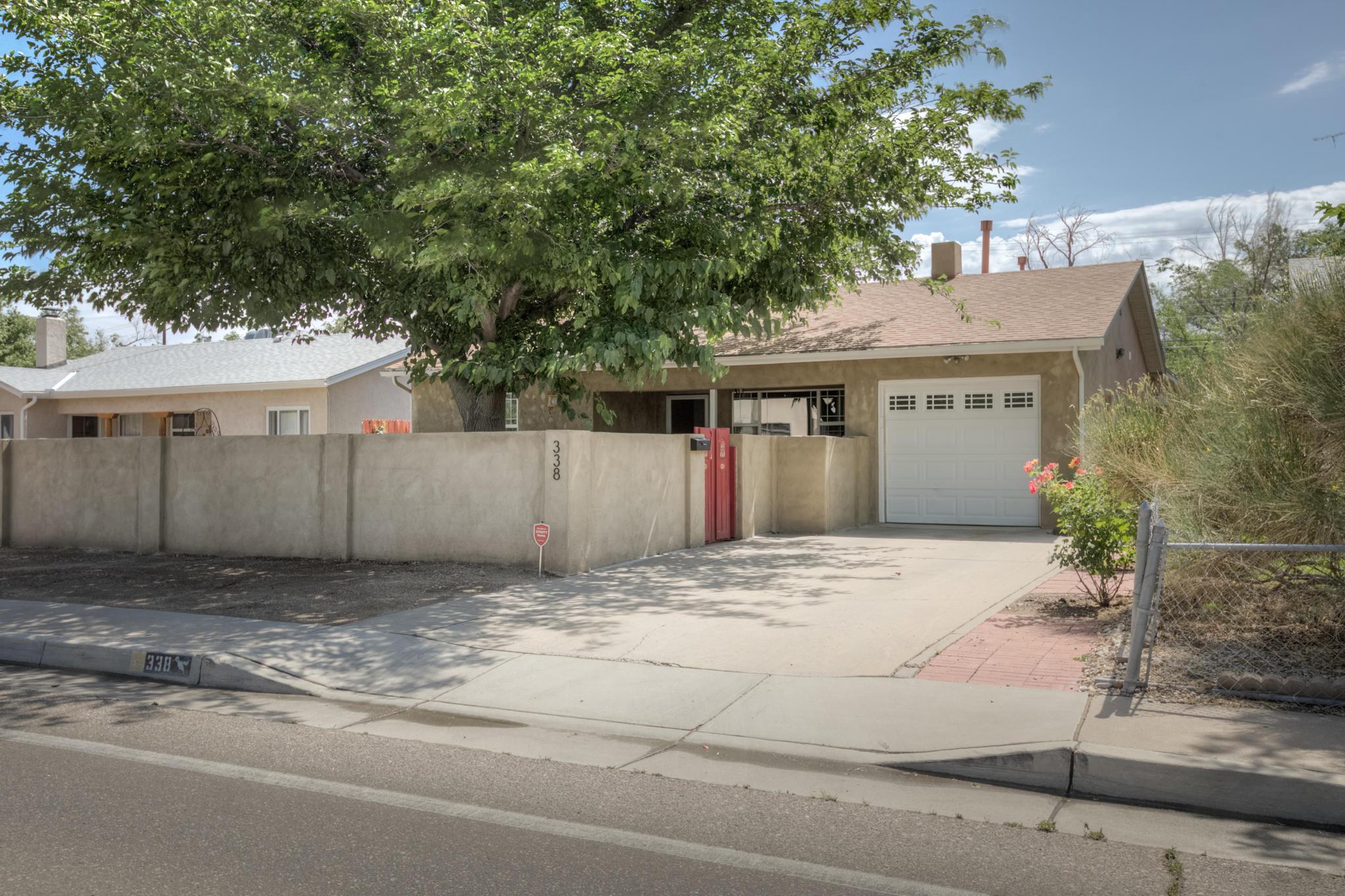 338 WASHINGTON Street NE Property Photo - Albuquerque, NM real estate listing