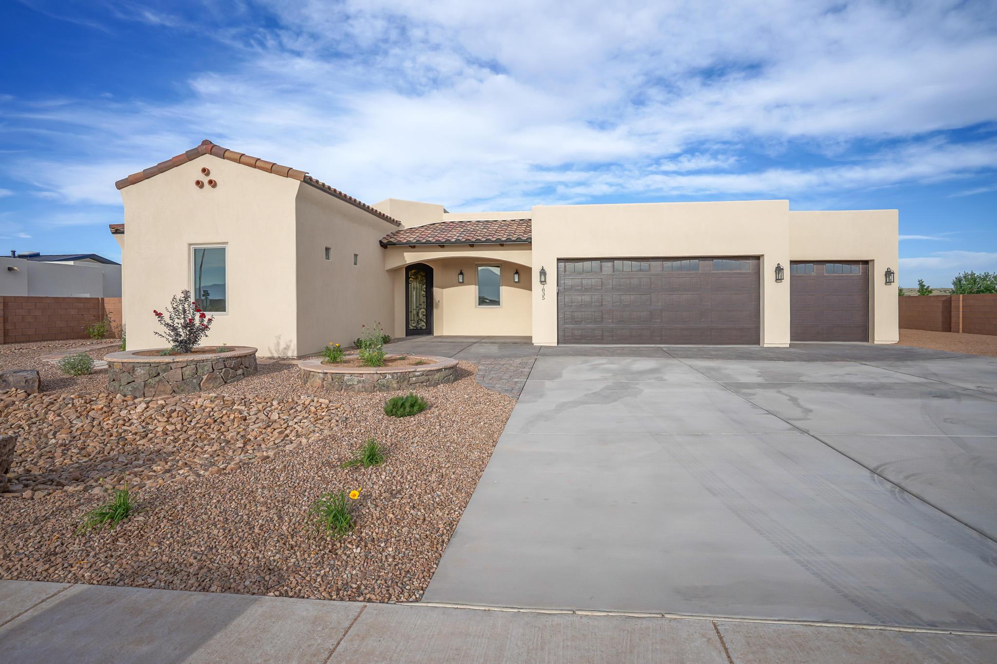 7835 AGUILA Street NW Property Photo - Albuquerque, NM real estate listing