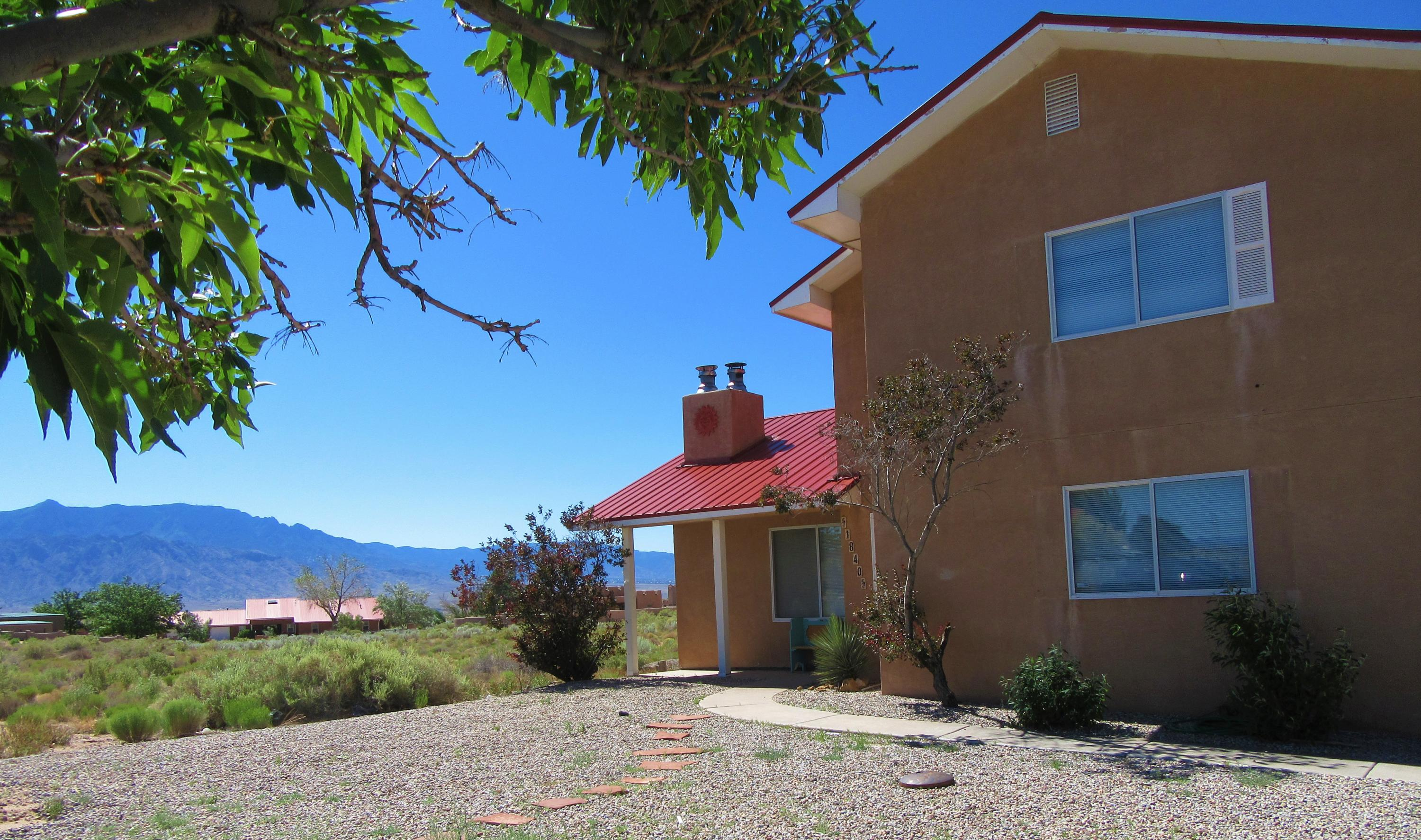 1840 ALIF Road NE Property Photo - Rio Rancho, NM real estate listing