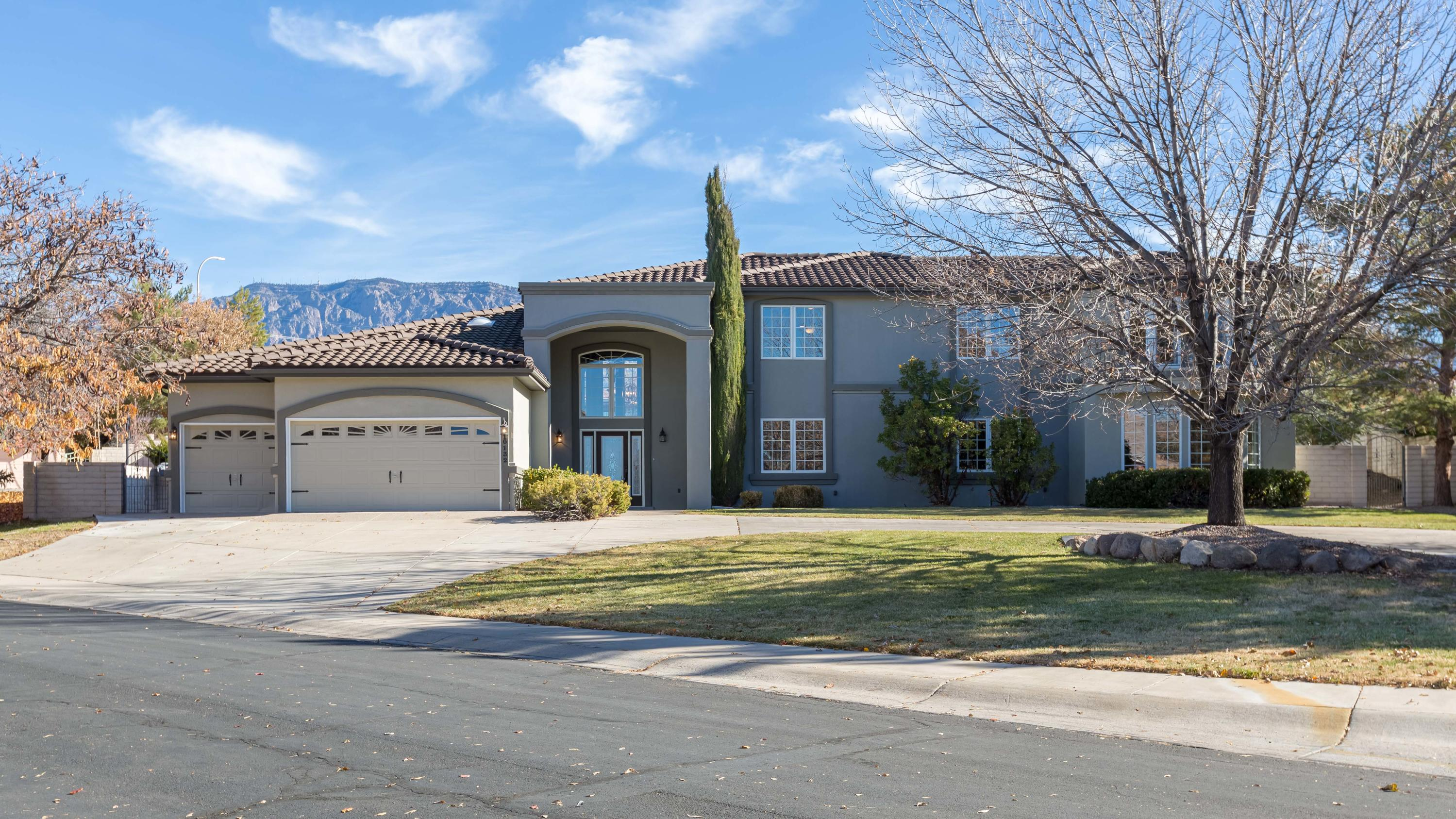 10132 Masters Drive NE Property Photo - Albuquerque, NM real estate listing
