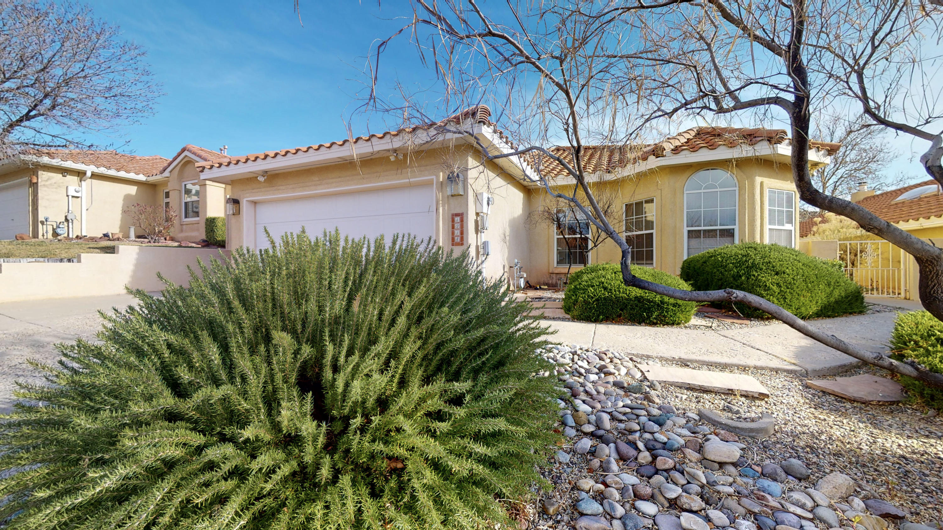 1218 BLUE QUAIL Road NE Property Photo - Albuquerque, NM real estate listing