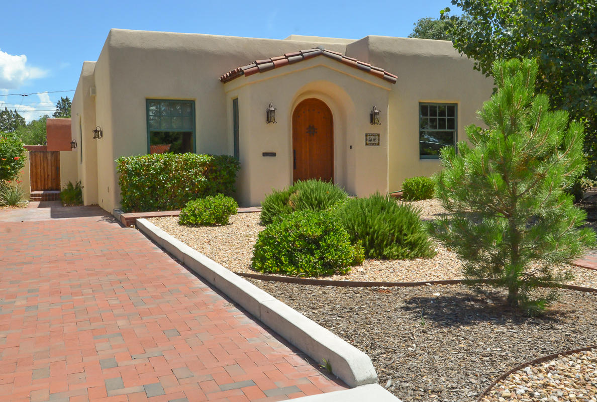 306 BRYN MAWR Drive SE Property Photo - Albuquerque, NM real estate listing