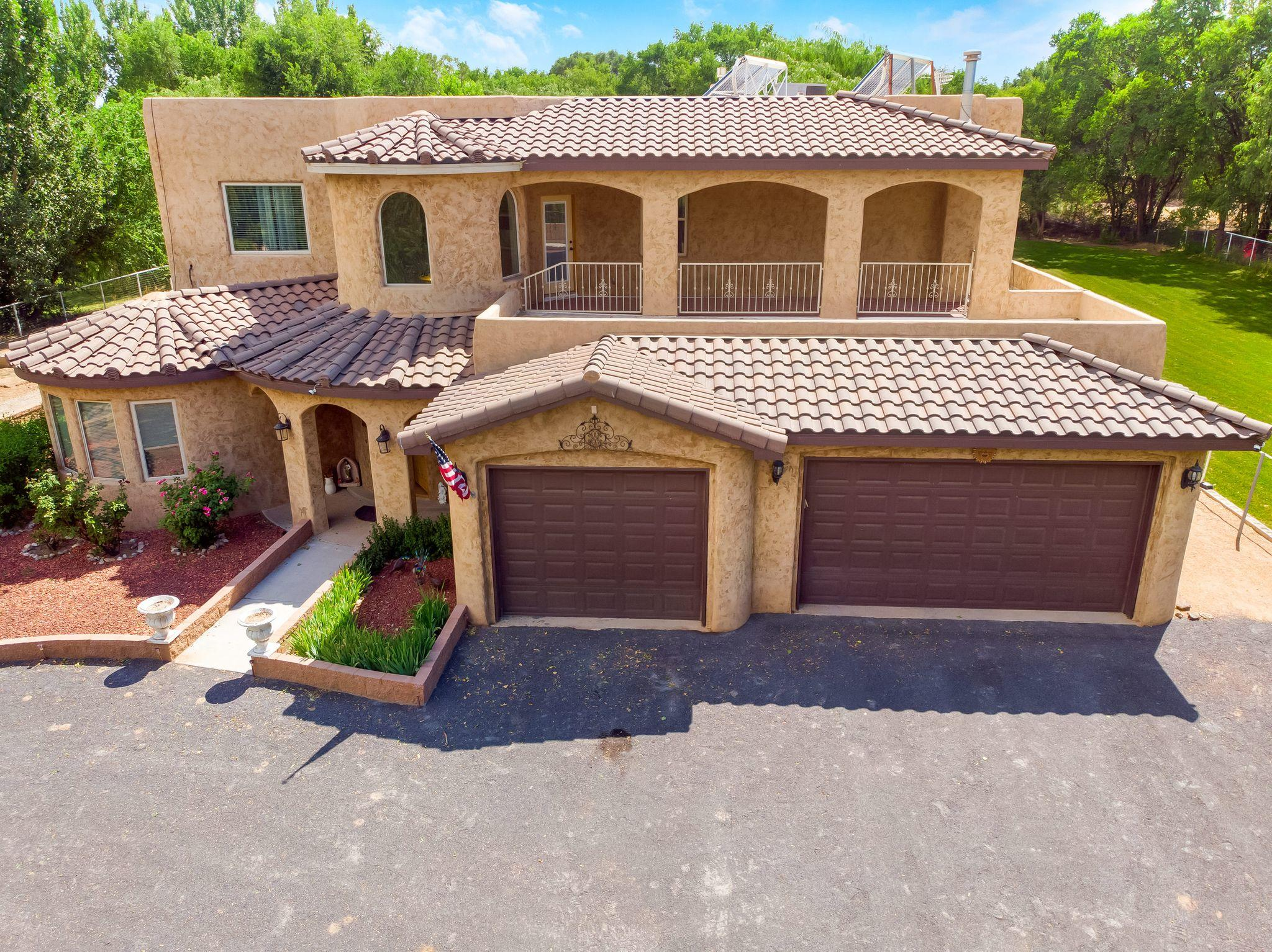 804 GUERNSEY Court SW Property Photo - Albuquerque, NM real estate listing
