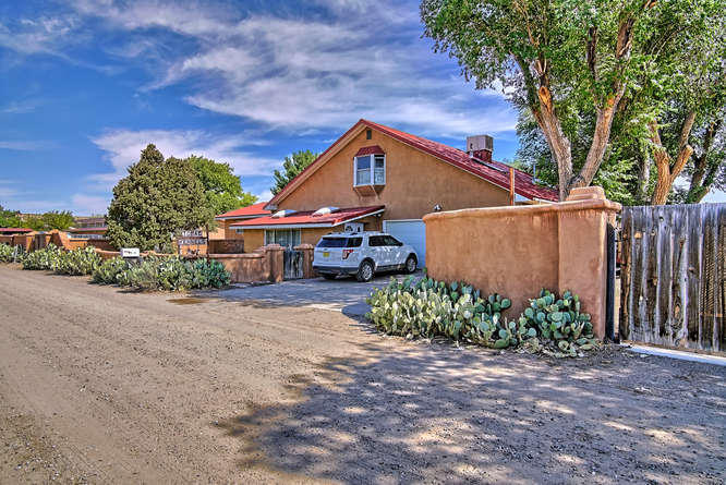 534 CAMINO LOS MILAGROS Property Photo - Corrales, NM real estate listing