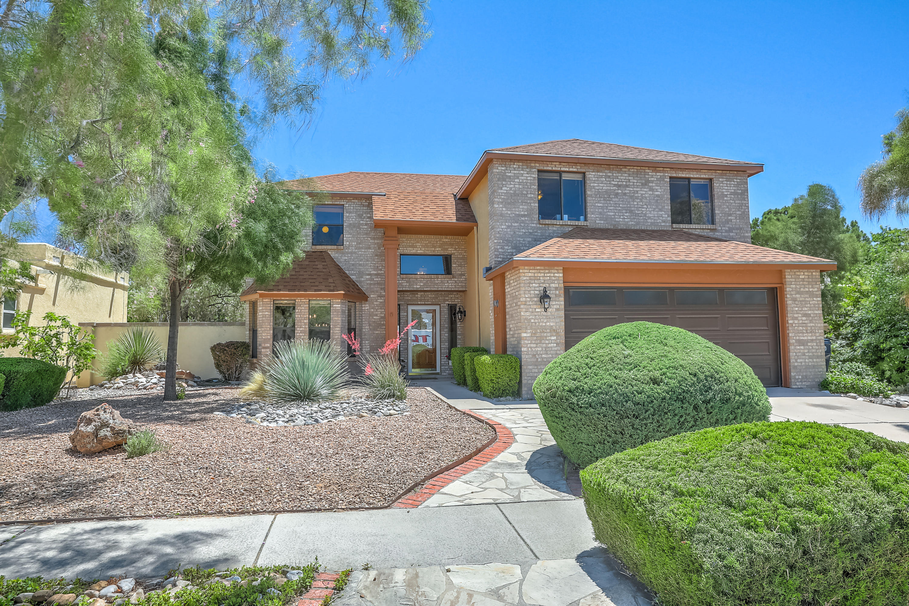 9604 GIDDINGS Avenue NE Property Photo - Albuquerque, NM real estate listing