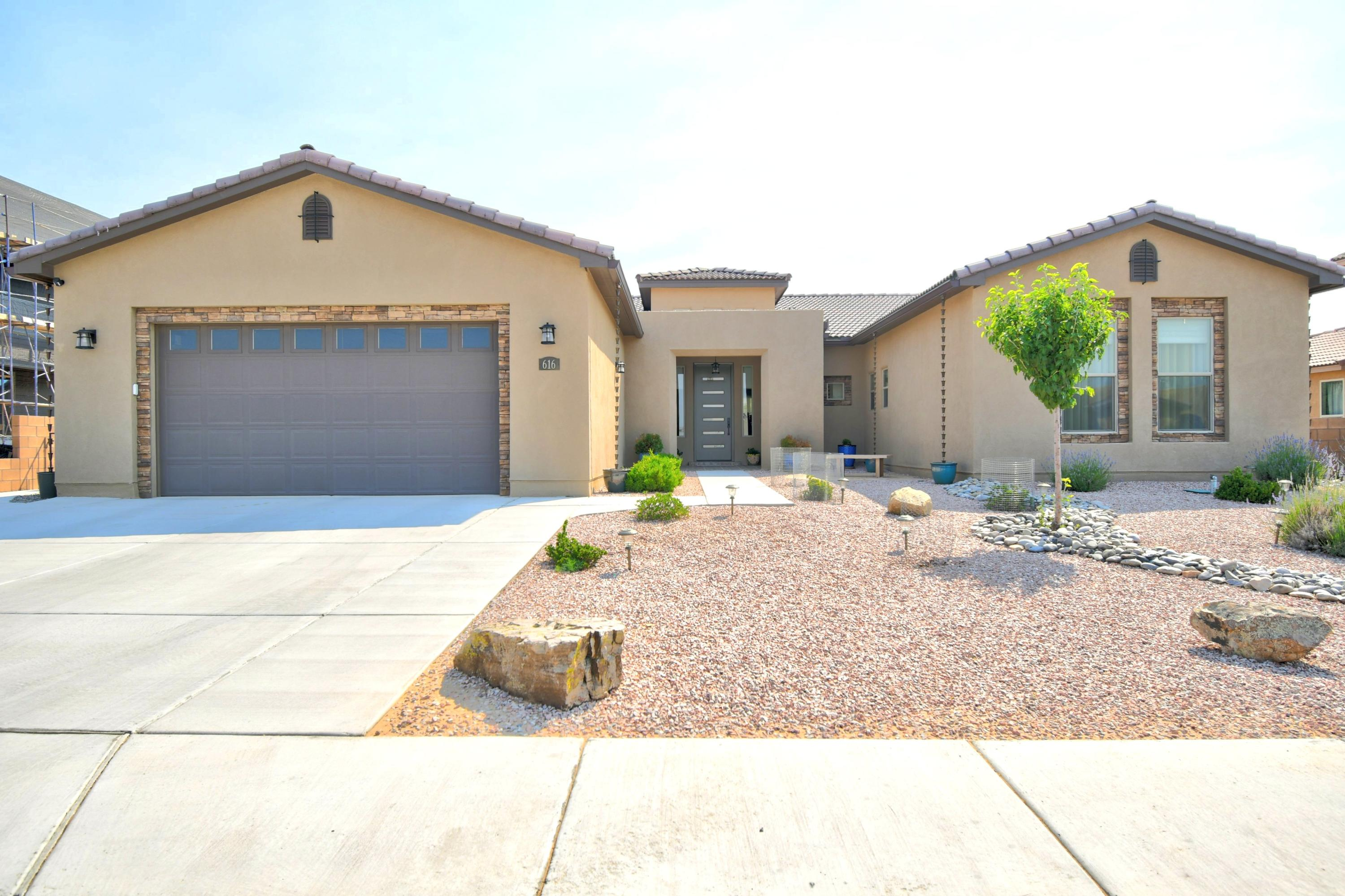 616 TIWA Lane NE Property Photo - Rio Rancho, NM real estate listing
