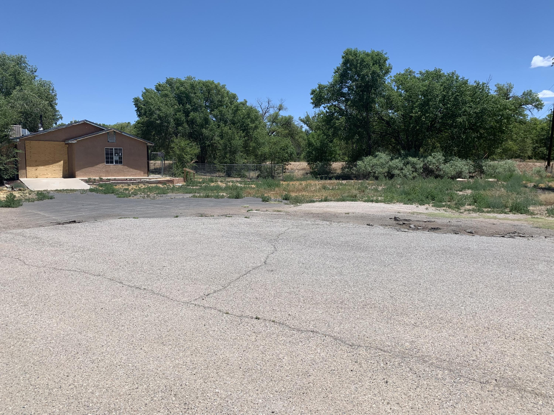 1670 WINCHESTER Drive Property Photo - Bosque Farms, NM real estate listing