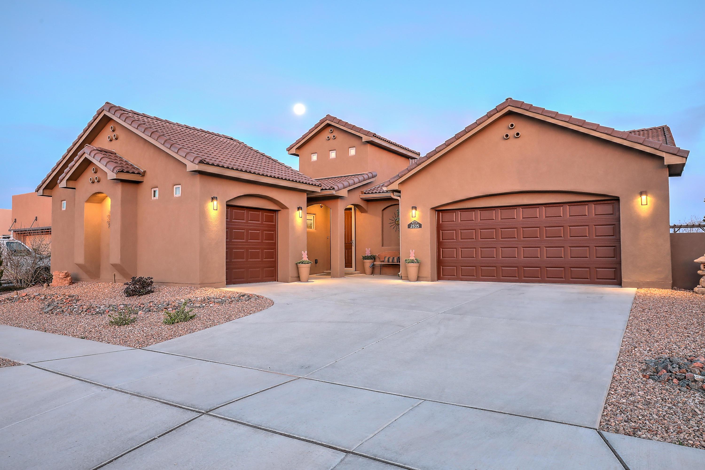 2805 Redondo Santa Fe Property Photo