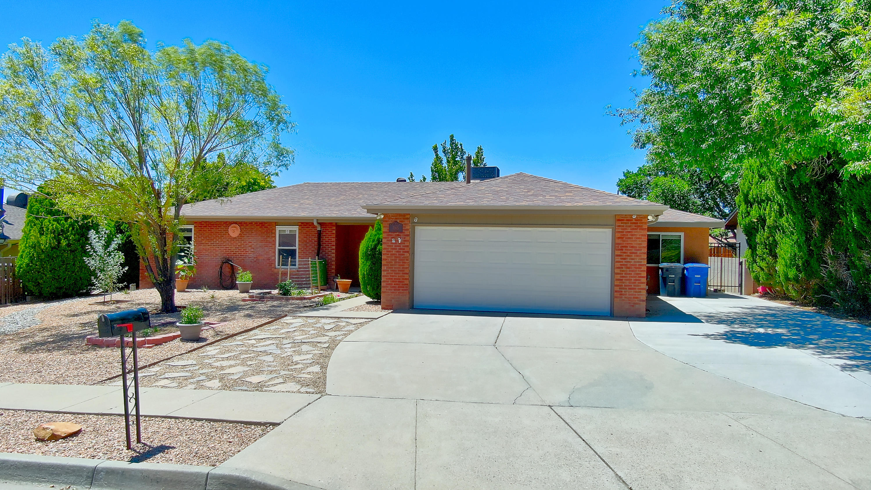 7305 GETTYSBURG Road NE Property Photo - Albuquerque, NM real estate listing