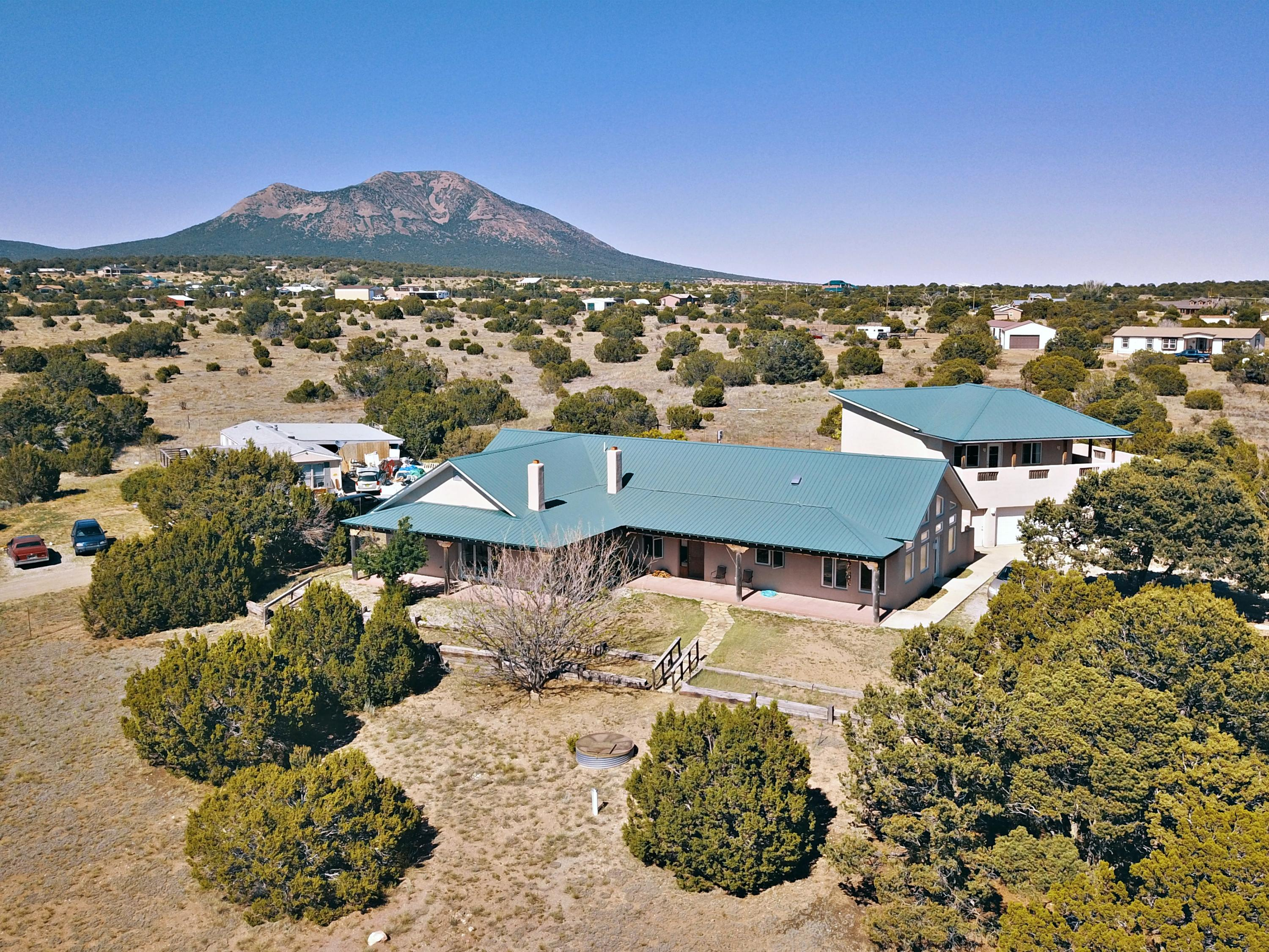 24 Black Hawk Road Property Photo - Sandia Park, NM real estate listing