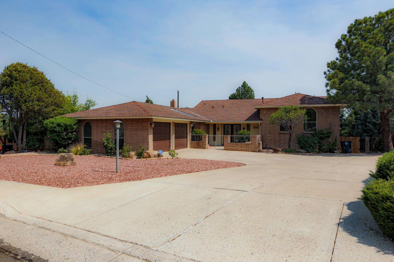 4509 ALTURA Place NE Property Photo - Albuquerque, NM real estate listing