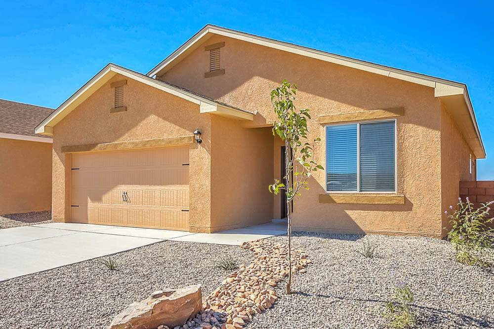 10043 Sacate Blanco Avenue SW Property Photo - Albuquerque, NM real estate listing