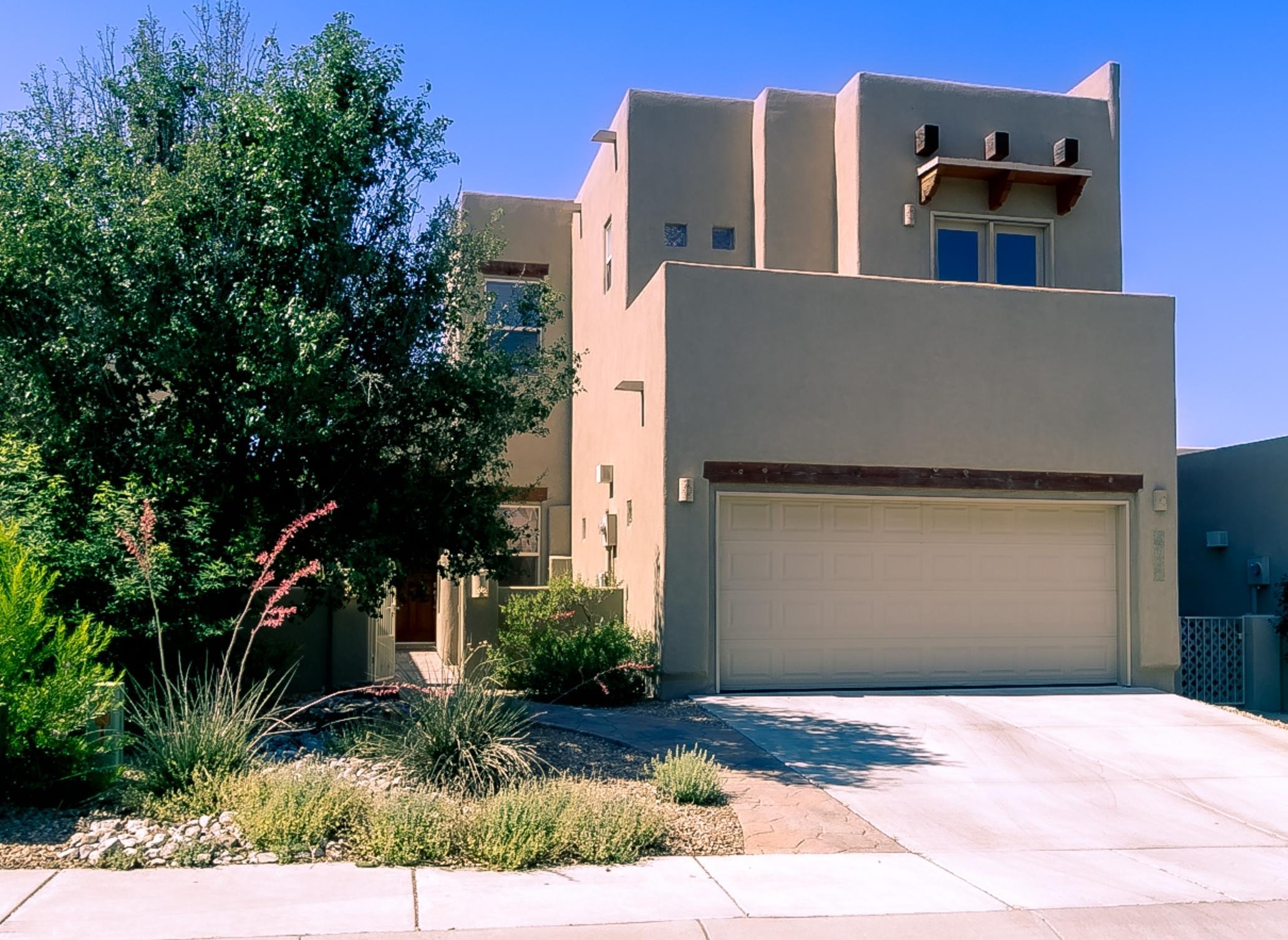 8820 Desert Fox Way NE Property Photo - Albuquerque, NM real estate listing