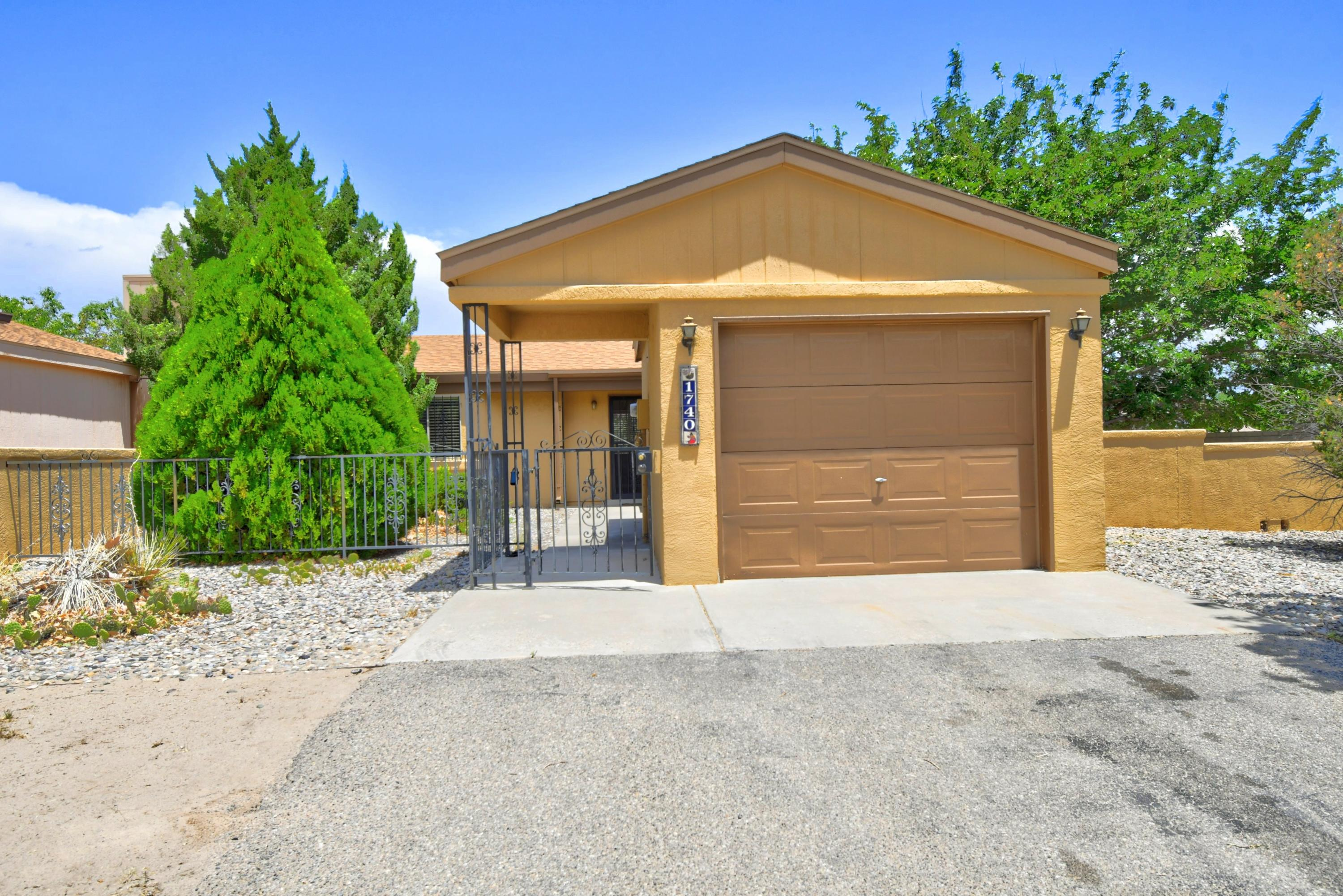 1740 JEFFREY Road NE Property Photo - Rio Rancho, NM real estate listing