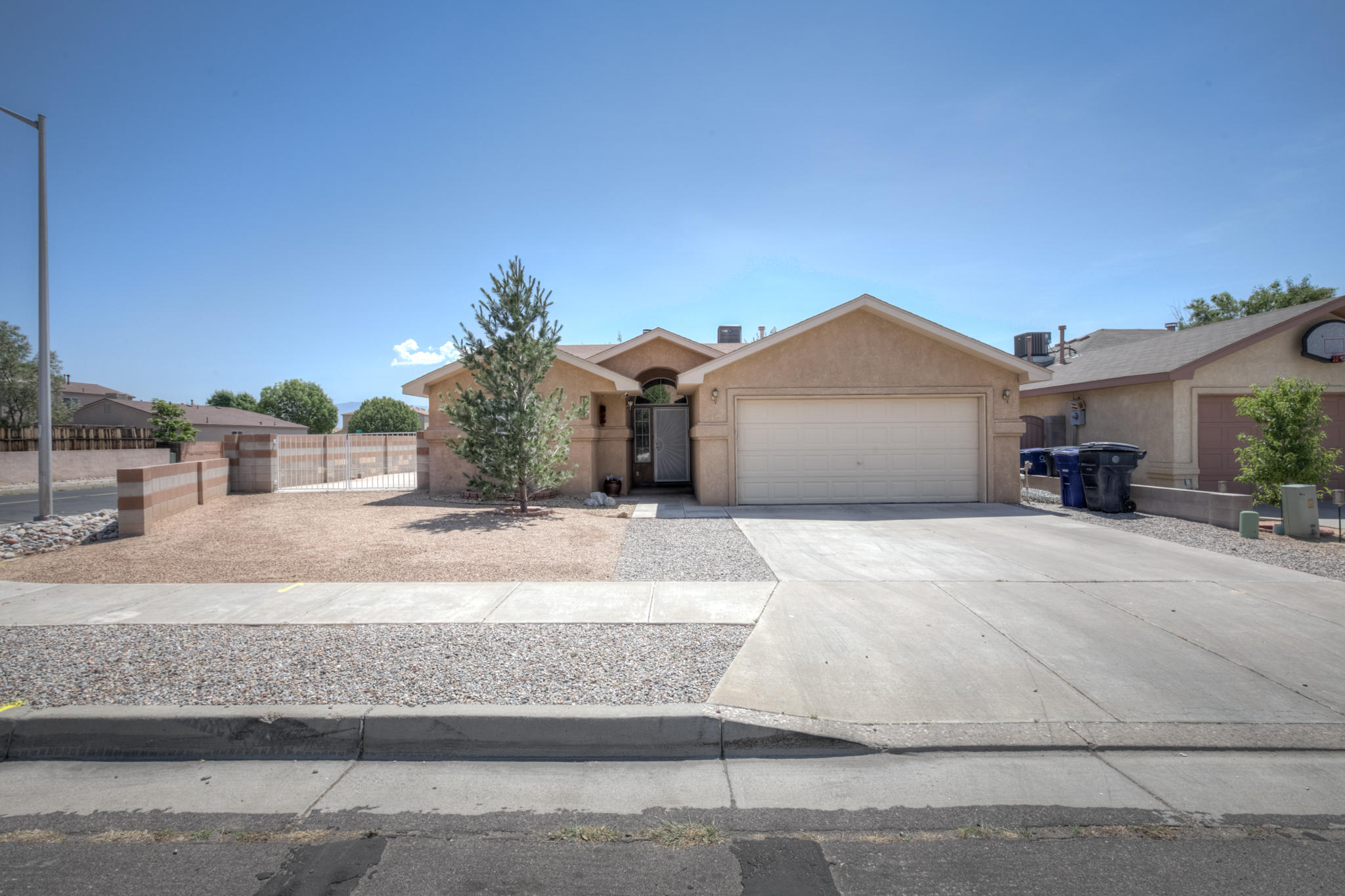 1828 TIERRA DEL OSO Drive NW Property Photo - Albuquerque, NM real estate listing
