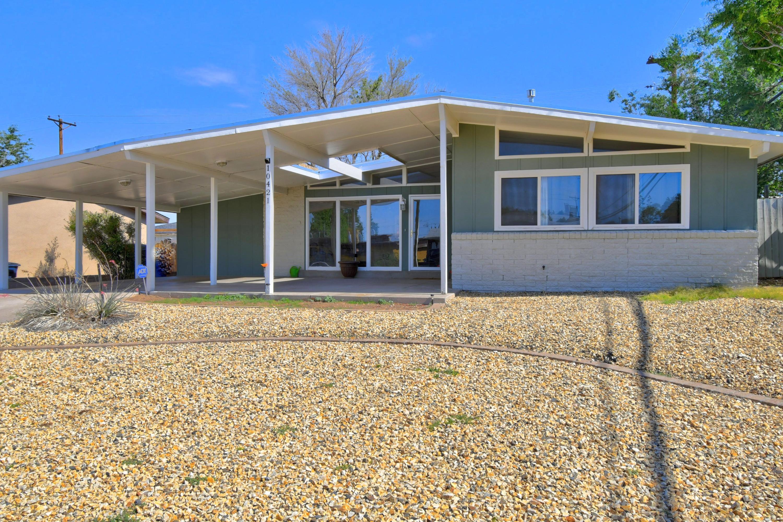 10421 GLORIA Place NE Property Photo - Albuquerque, NM real estate listing