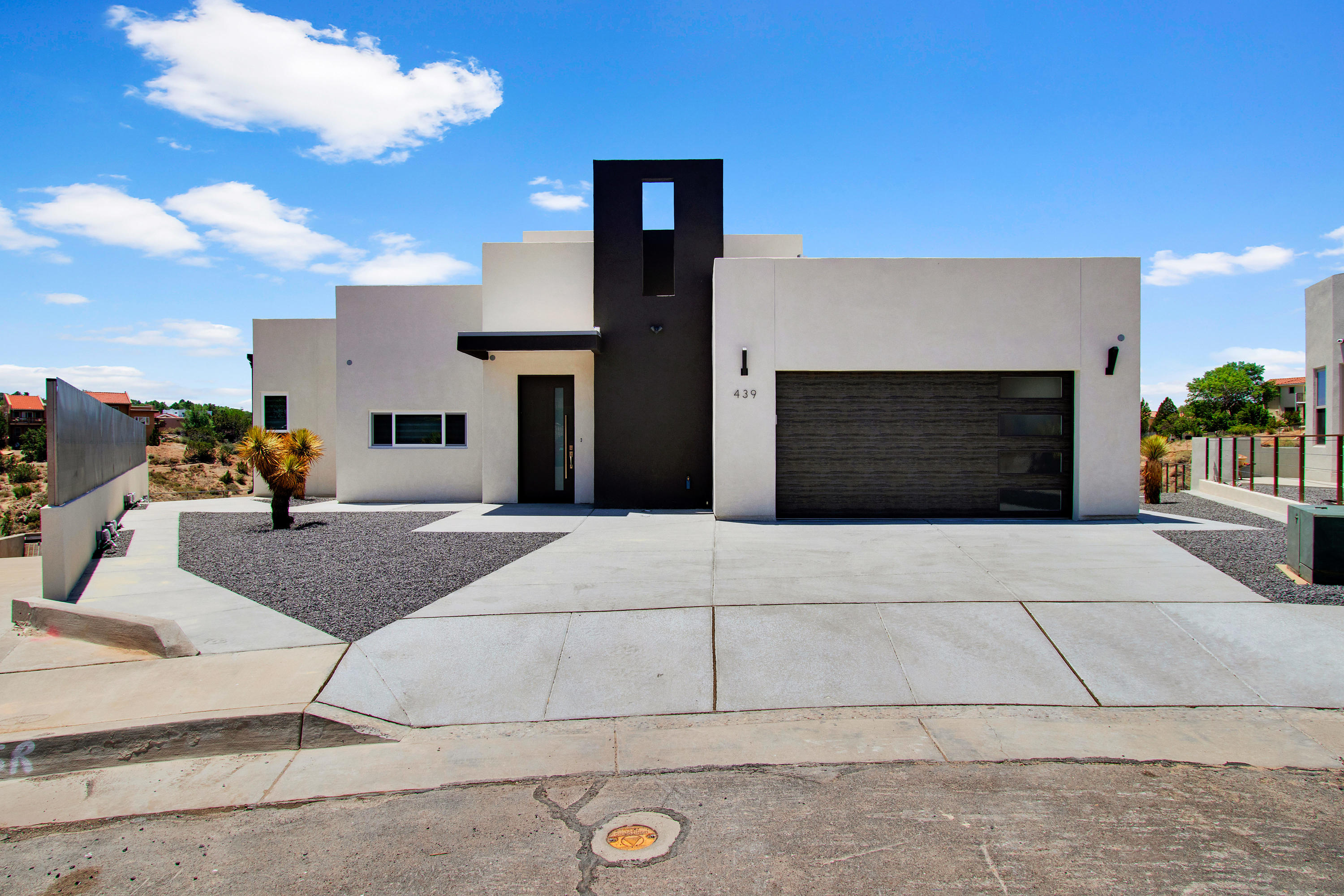 439 NARCISSUS Place SE Property Photo - Albuquerque, NM real estate listing