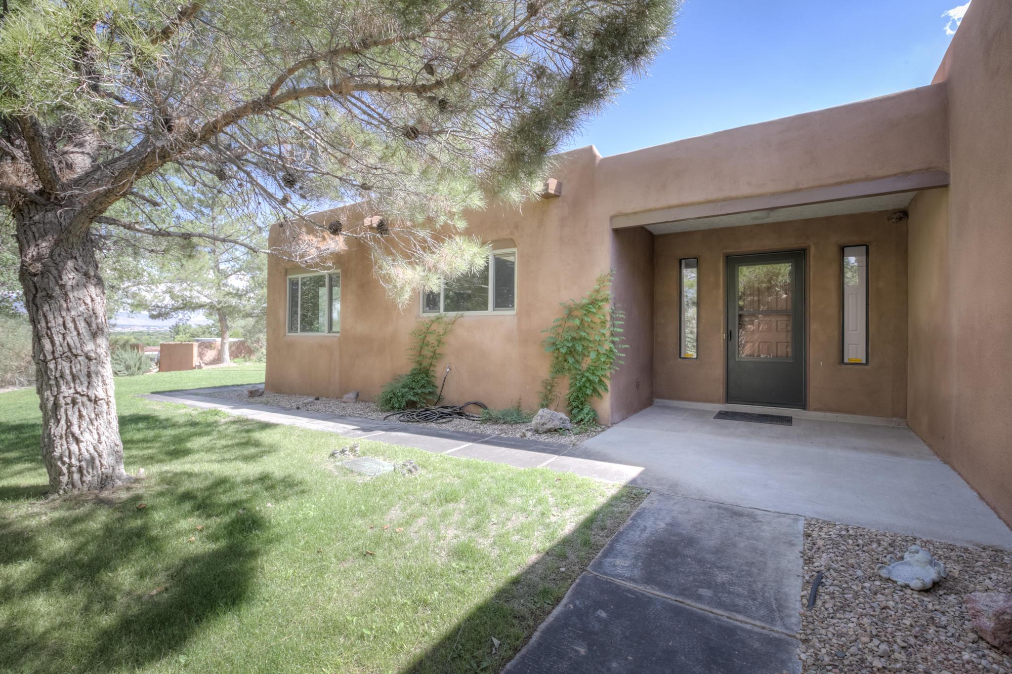 891 ALAMOS Road Property Photo - Corrales, NM real estate listing