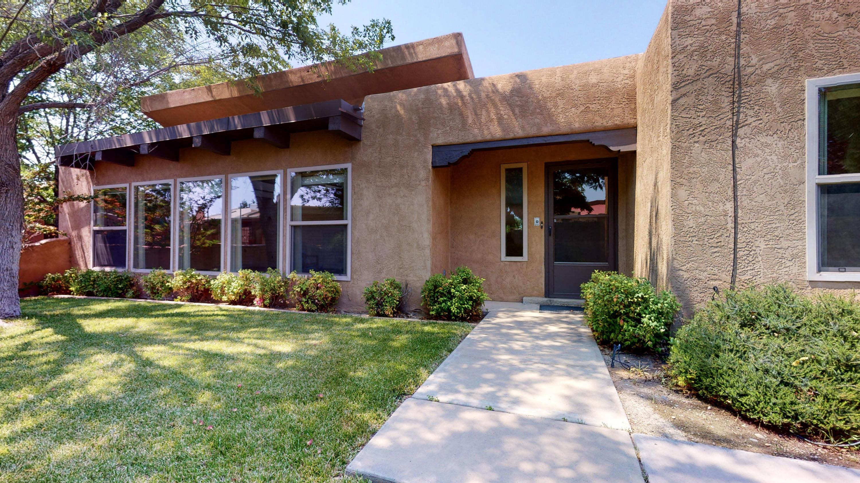 7423 Quebrada Place NE Property Photo - Albuquerque, NM real estate listing