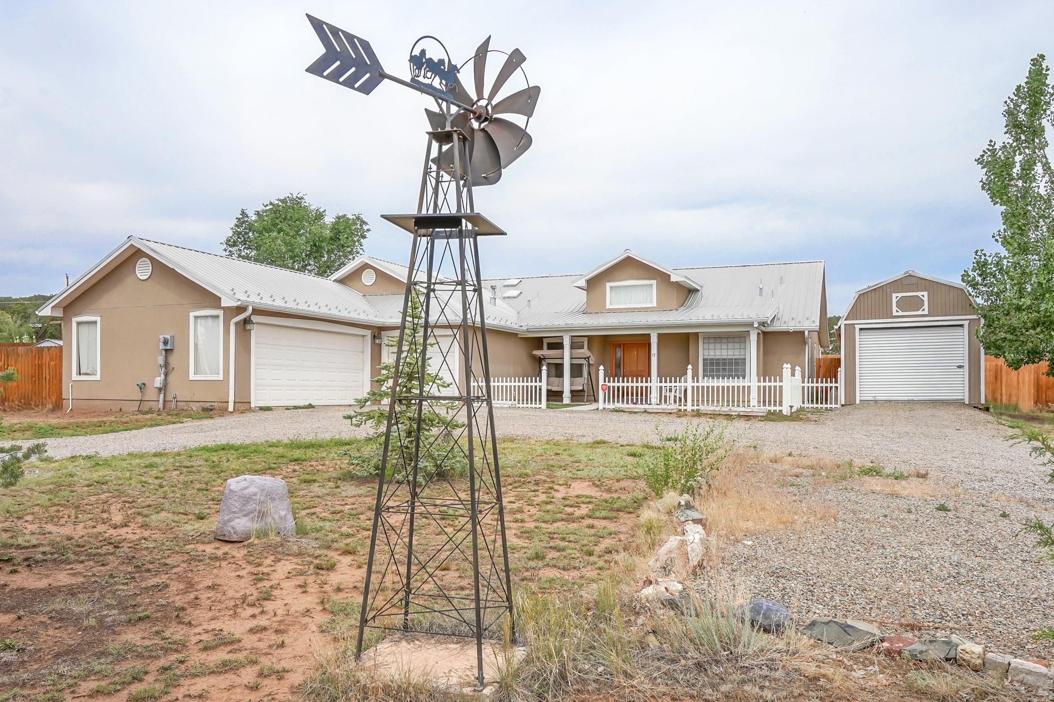 17 Morgan Drive Property Photo - Edgewood, NM real estate listing