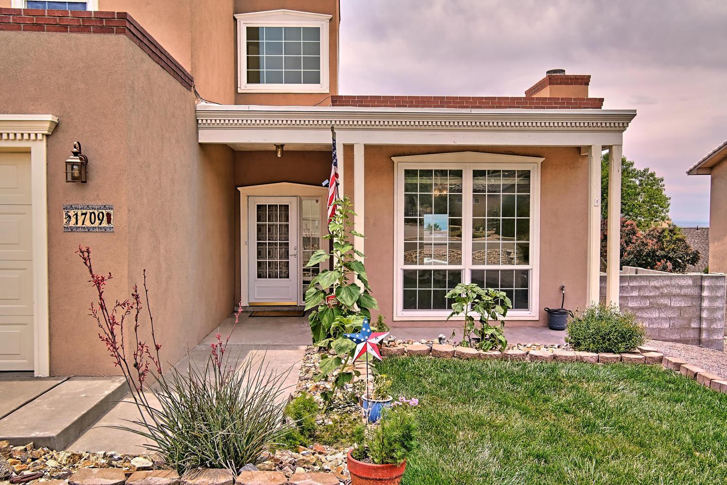 1709 ARCHULETA Drive NE Property Photo - Albuquerque, NM real estate listing