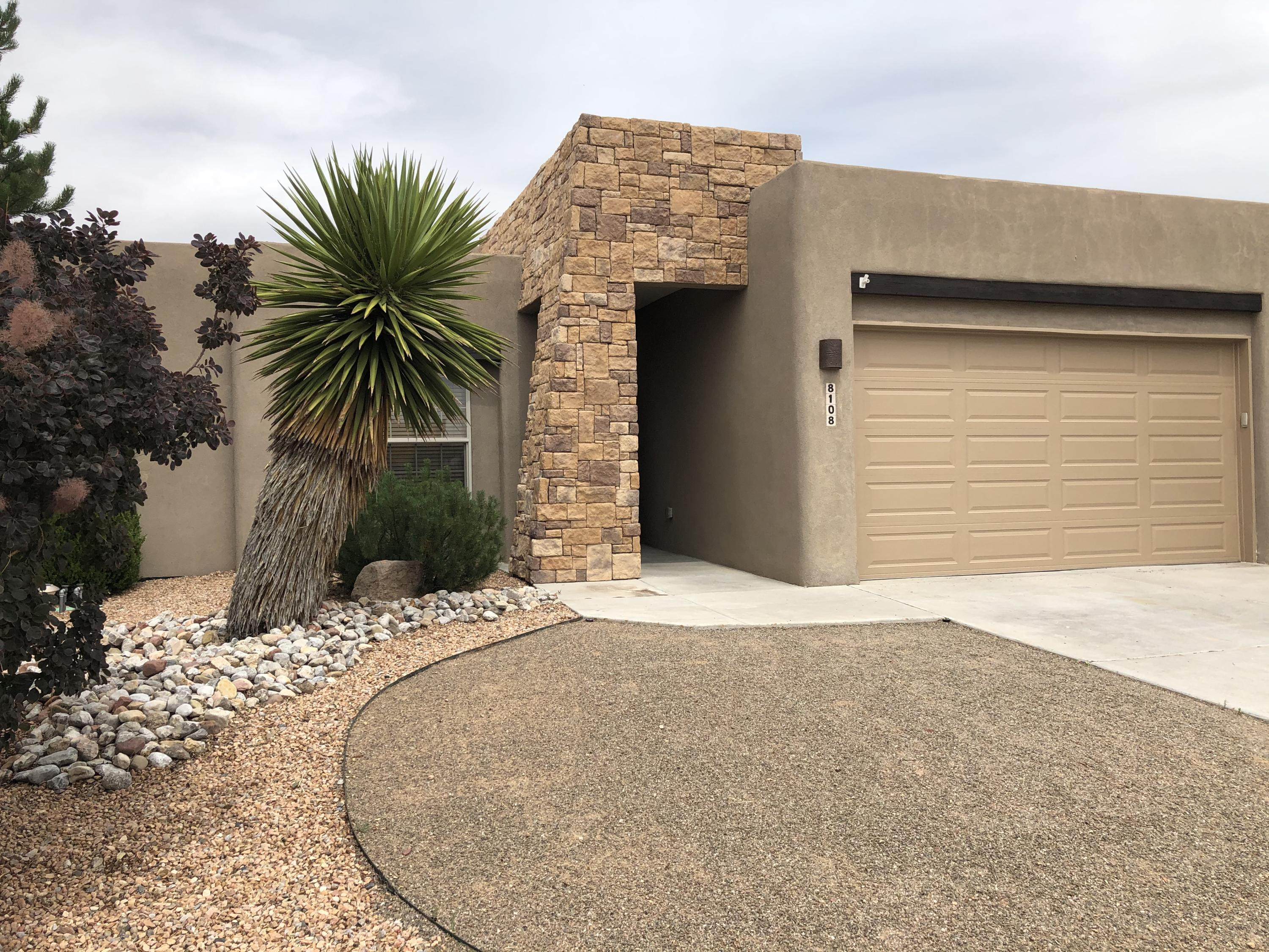 8108 Cayenne Drive NW Property Photo - Albuquerque, NM real estate listing