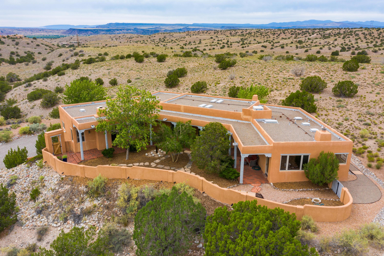 6 CAMINO NORTE VISTA Property Photo - Placitas, NM real estate listing