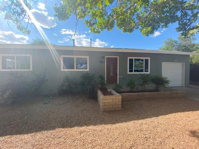 1105 GARCIA Street NE Property Photo - Albuquerque, NM real estate listing