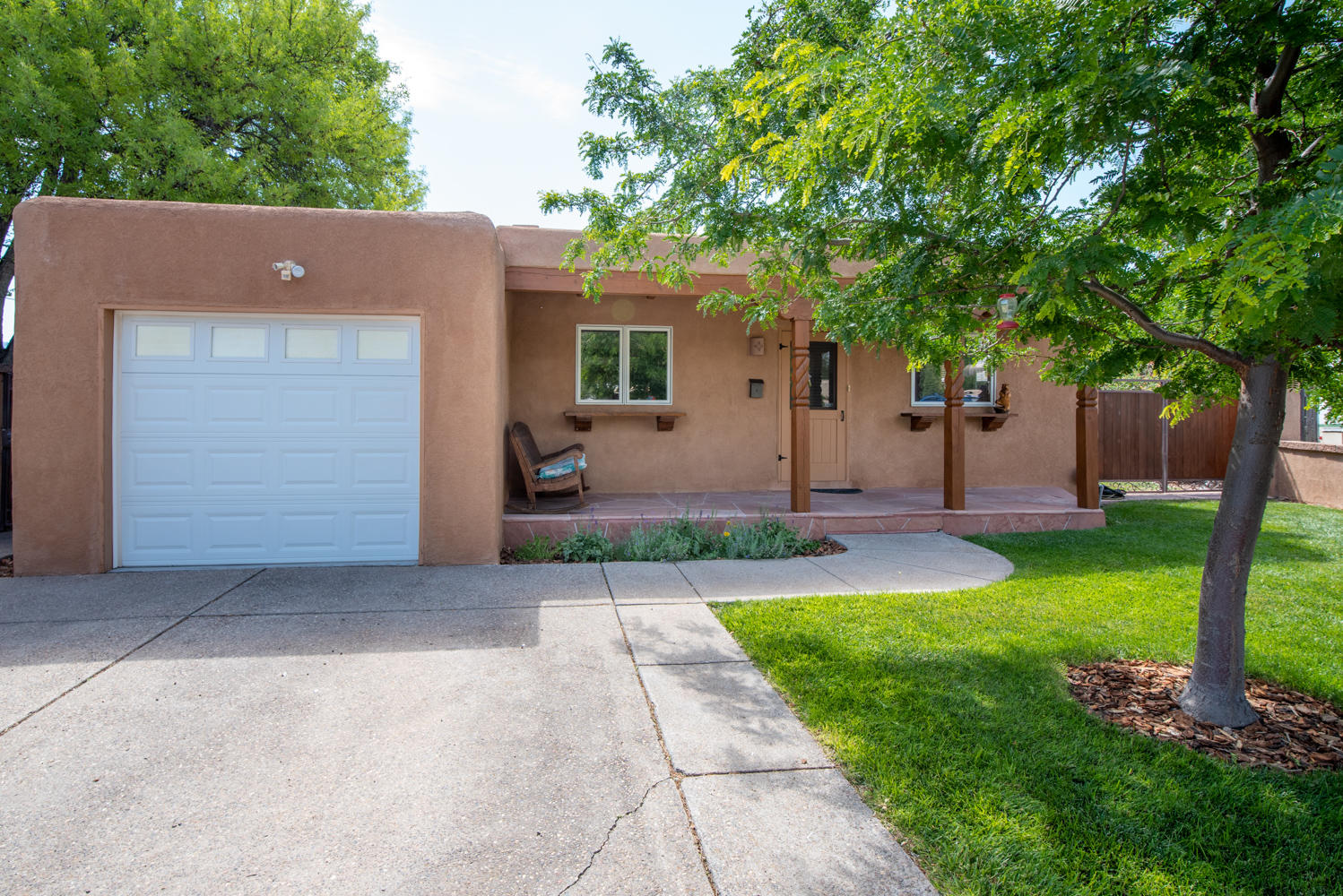 804 ADAMS Place SE Property Photo - Albuquerque, NM real estate listing