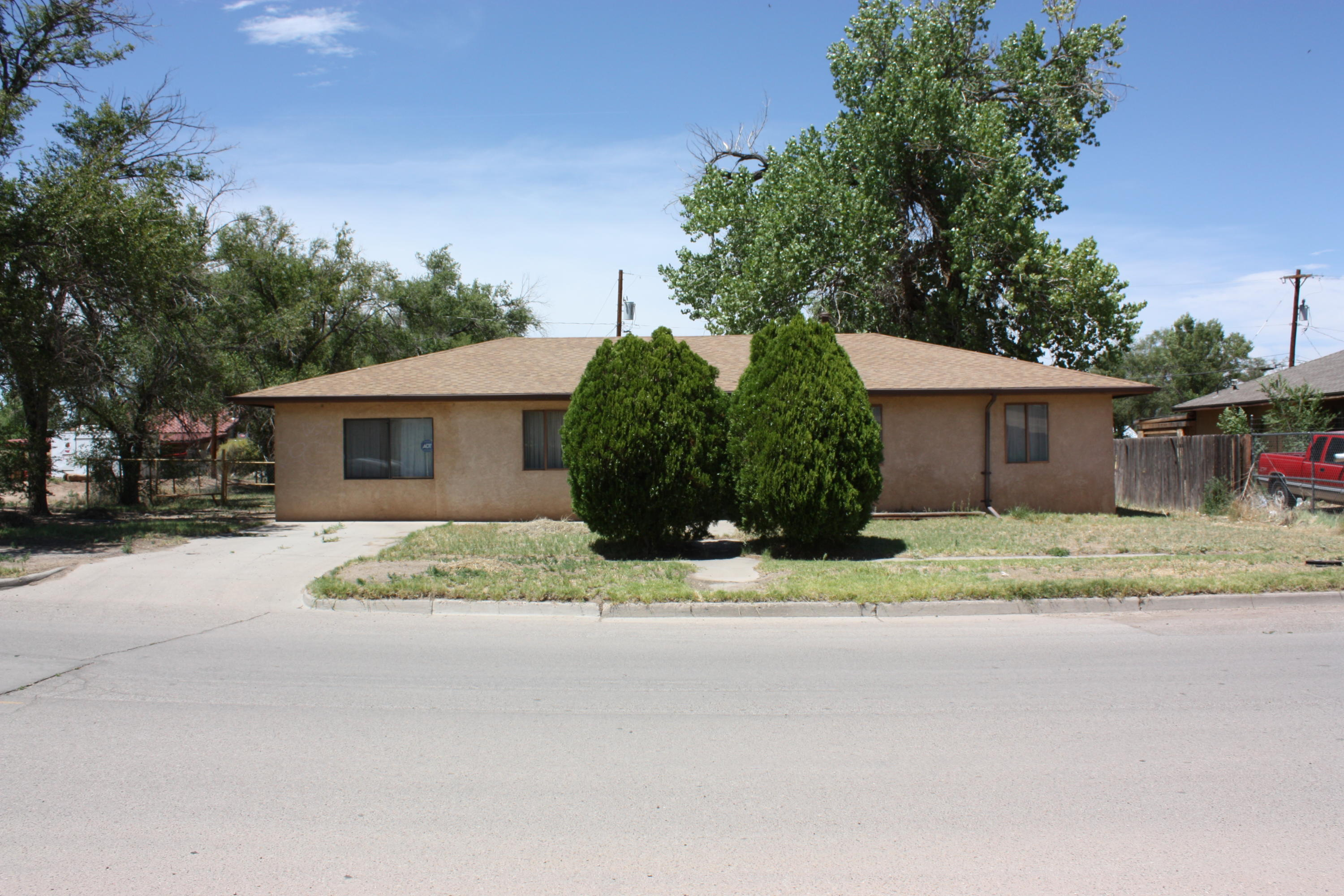 204 DESOTO Avenue Property Photo - Belen, NM real estate listing