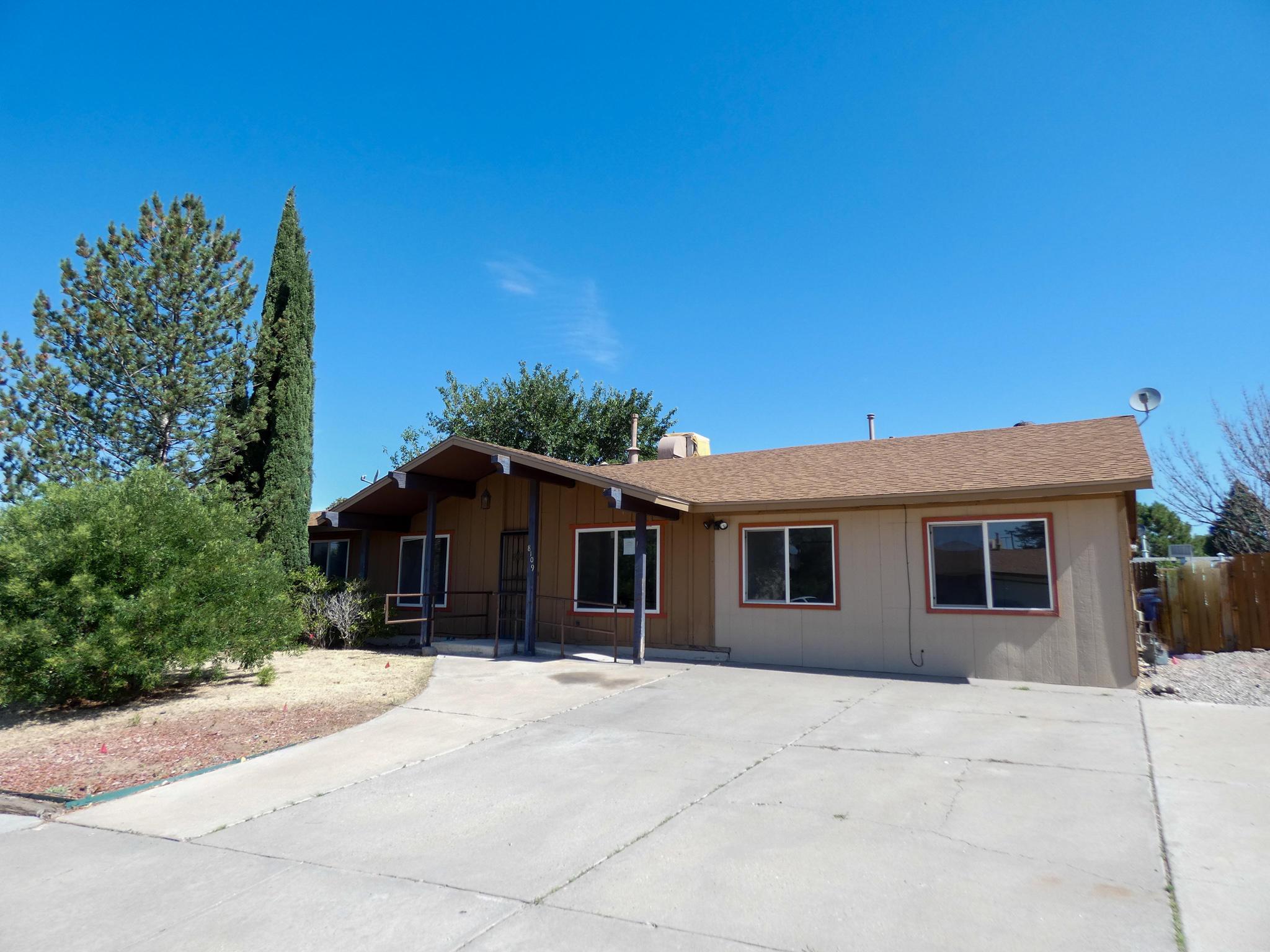 8109 EDDY Avenue NE Property Photo - Albuquerque, NM real estate listing