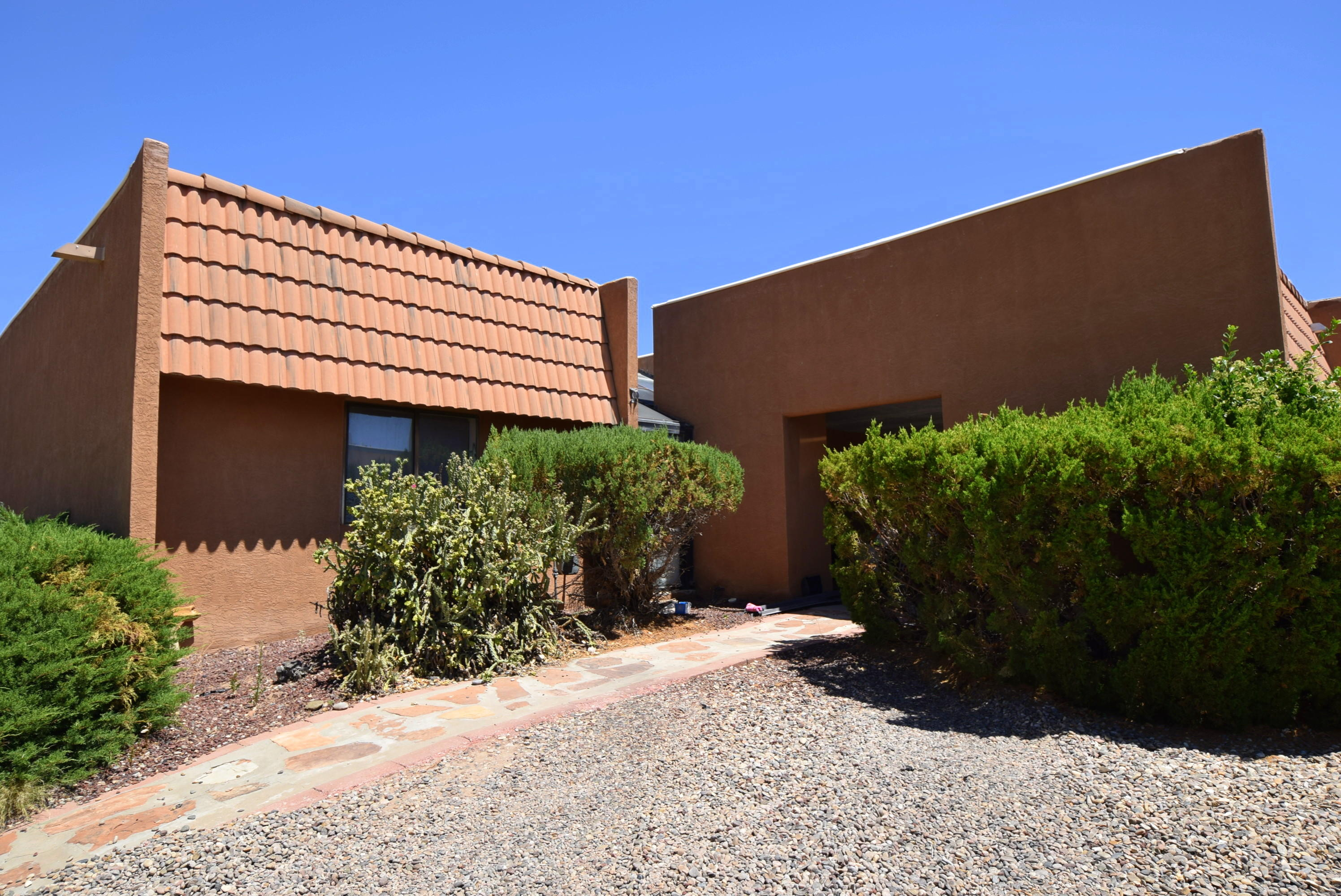 1702 BAMBA Court Property Photo - Belen, NM real estate listing