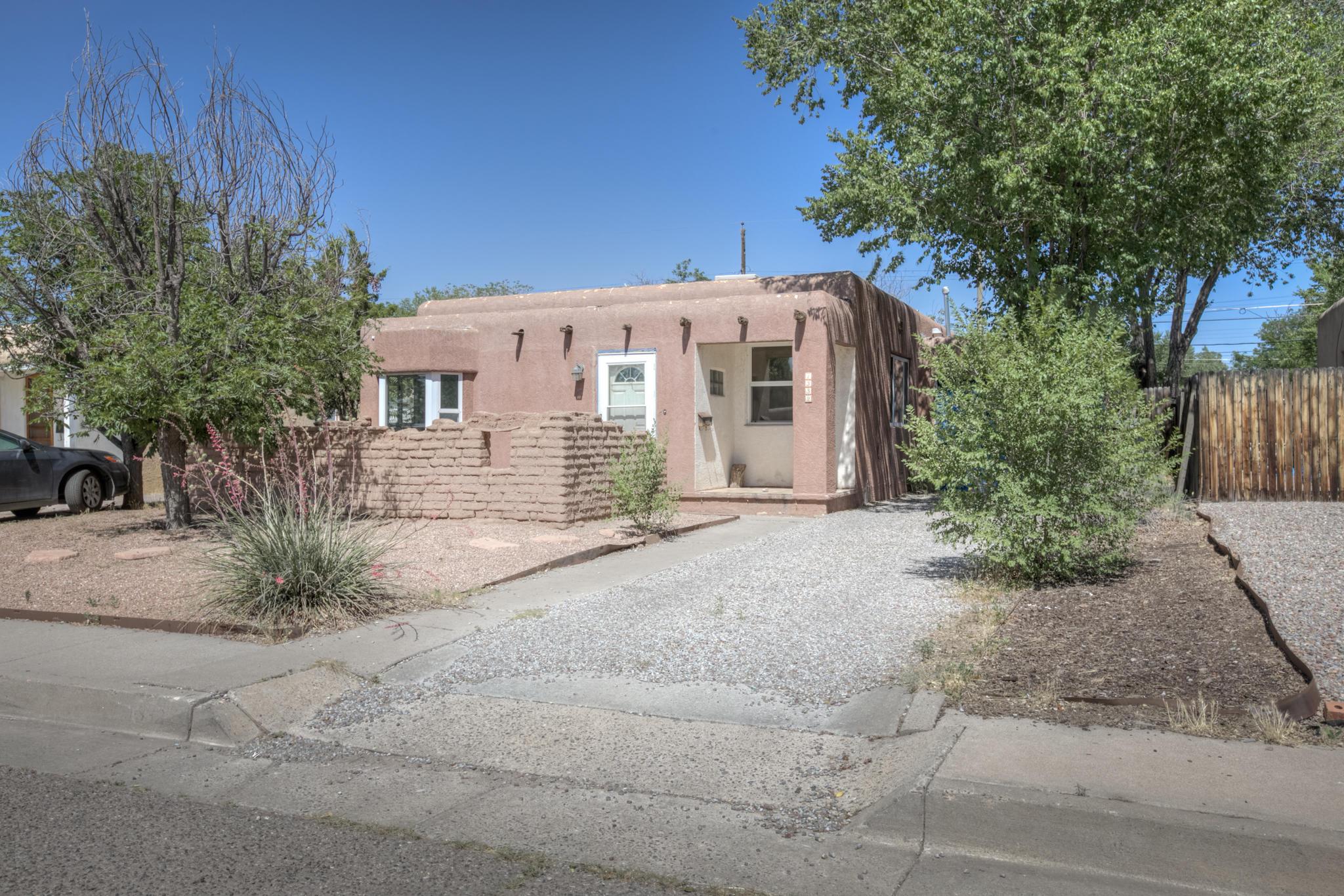 1332 VASSAR Drive NE Property Photo - Albuquerque, NM real estate listing