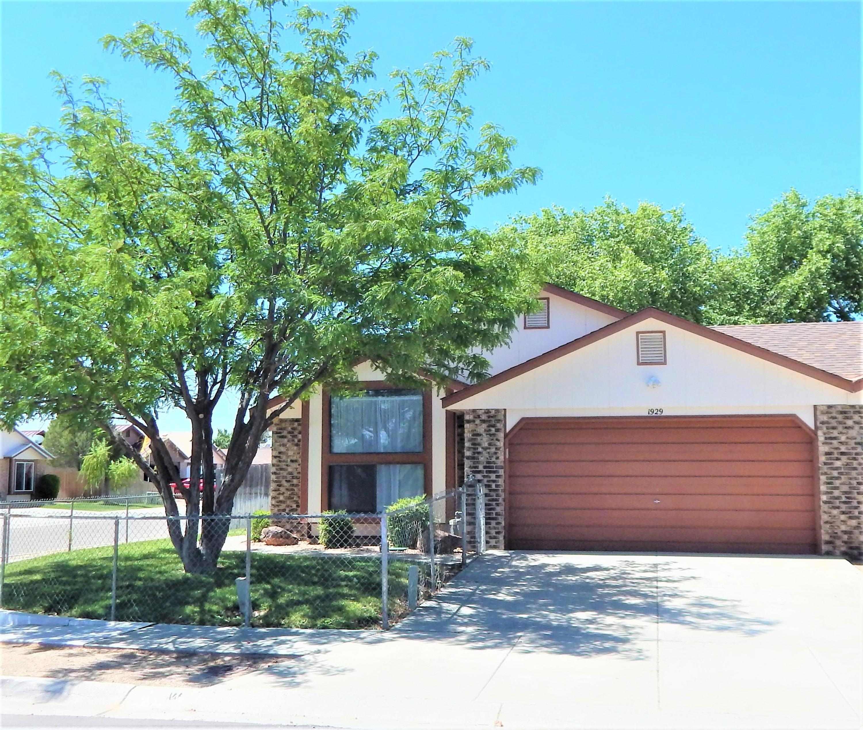 1929 PANZA Drive SW Property Photo - Los Lunas, NM real estate listing